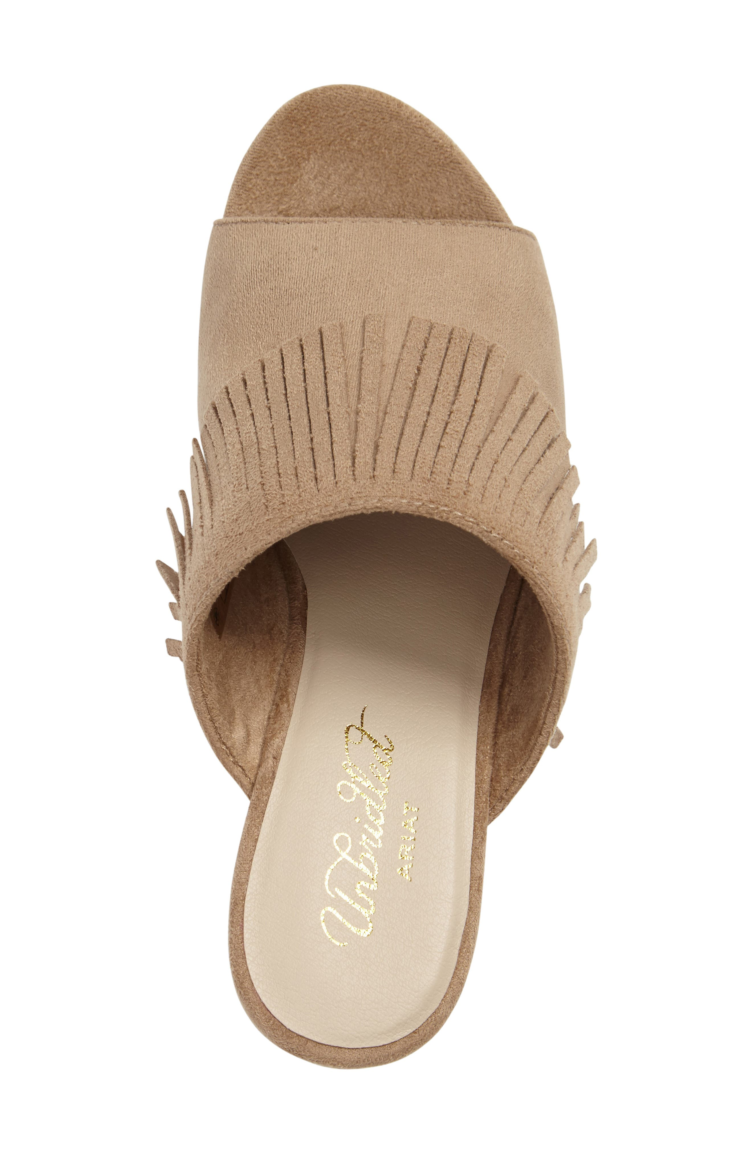 ARIAT, Unbridled Leigh Fringe Mule, Alternate thumbnail 3, color, SAND FABRIC
