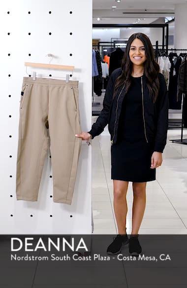Sportswear Tech Pack Men's Crop Woven Pants, sales video thumbnail