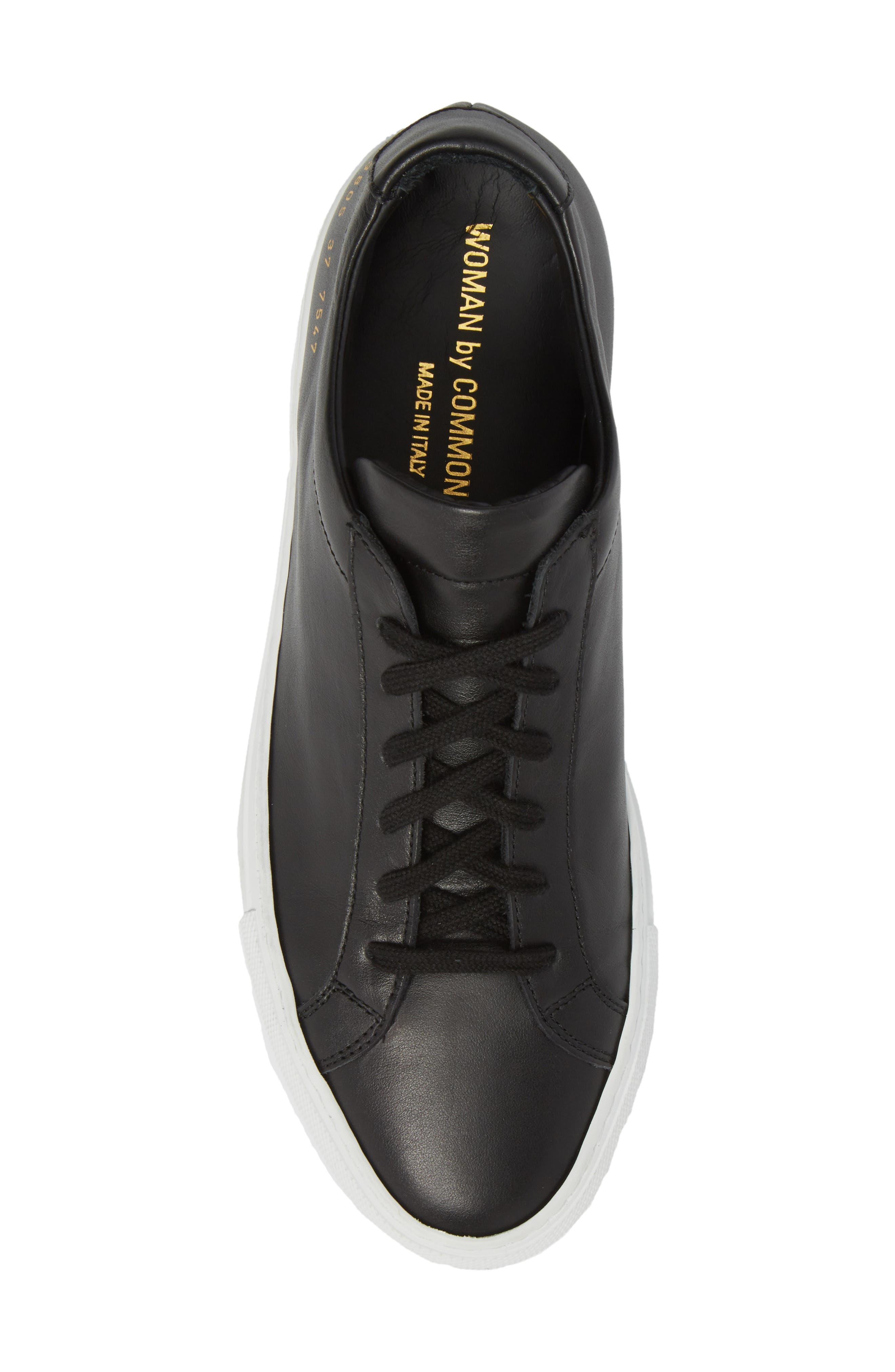 COMMON PROJECTS, Original Achilles Low Sneaker, Alternate thumbnail 5, color, BLACK