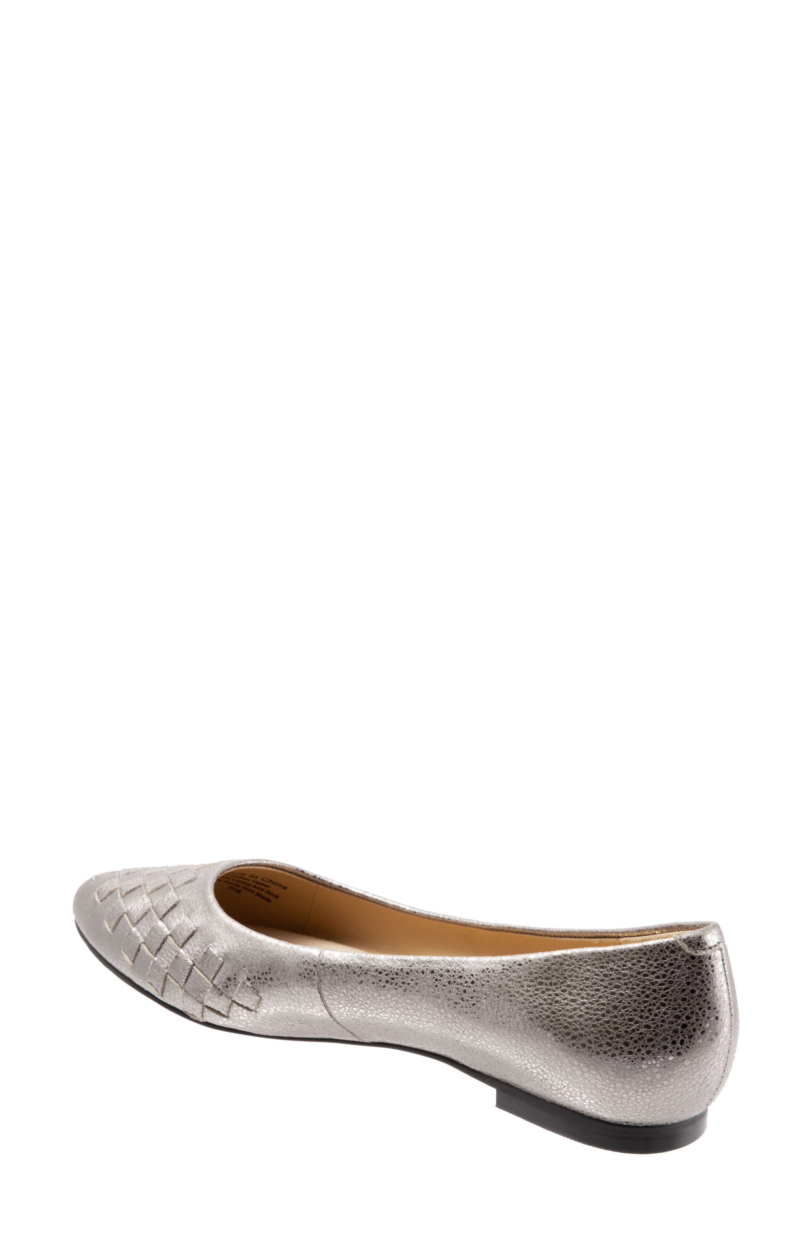 TROTTERS, Estee Pointed Toe Flat, Alternate thumbnail 2, color, SILVER LEATHER