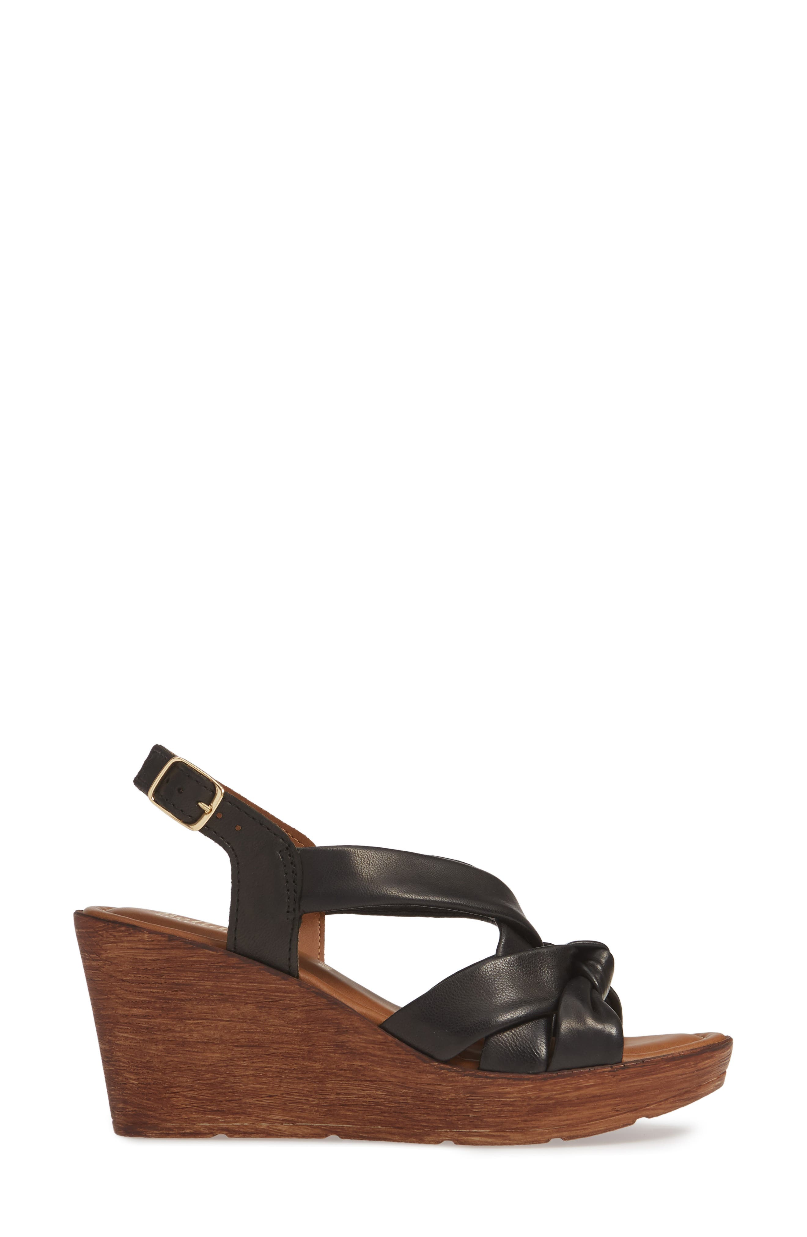 BELLA VITA, Italy Wedge Sandal, Alternate thumbnail 3, color, BLACK ITALIAN LEATHER