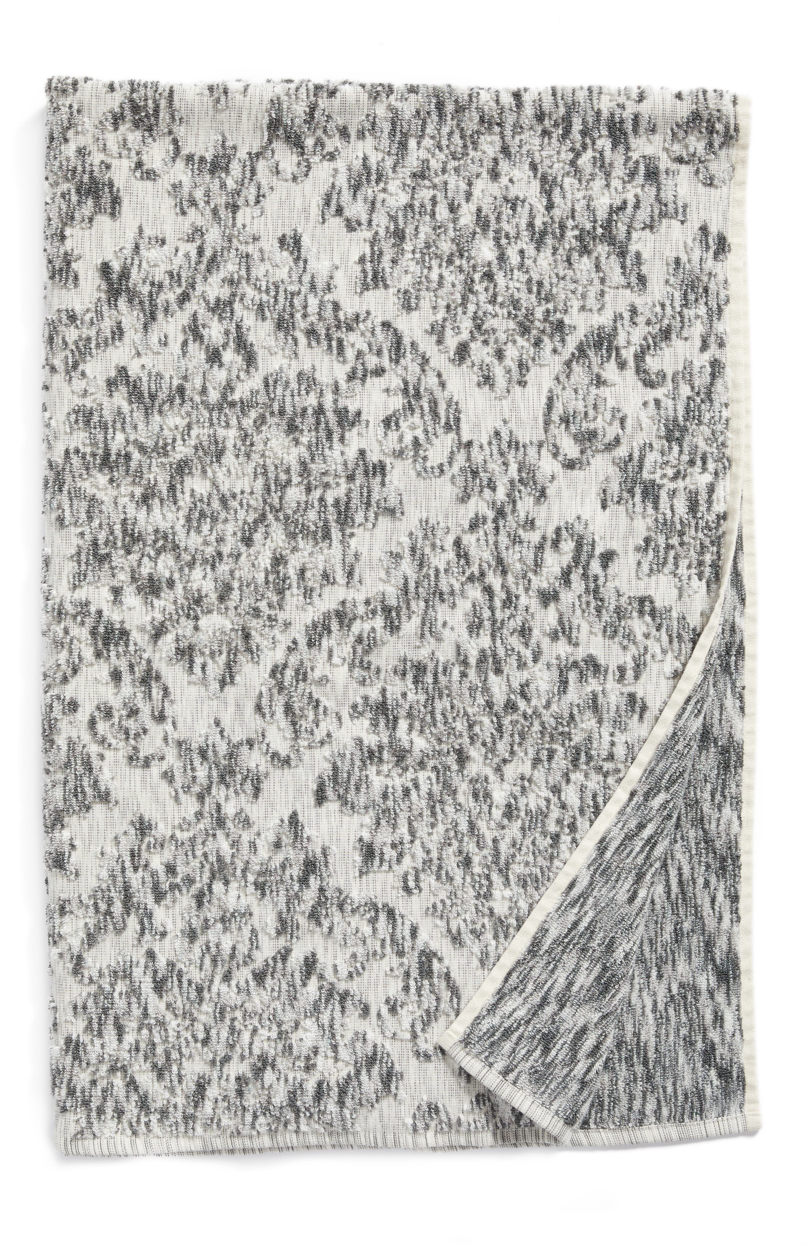 NORDSTROM AT HOME, Easton Bath Towel, Main thumbnail 1, color, GREY FROST MULTI