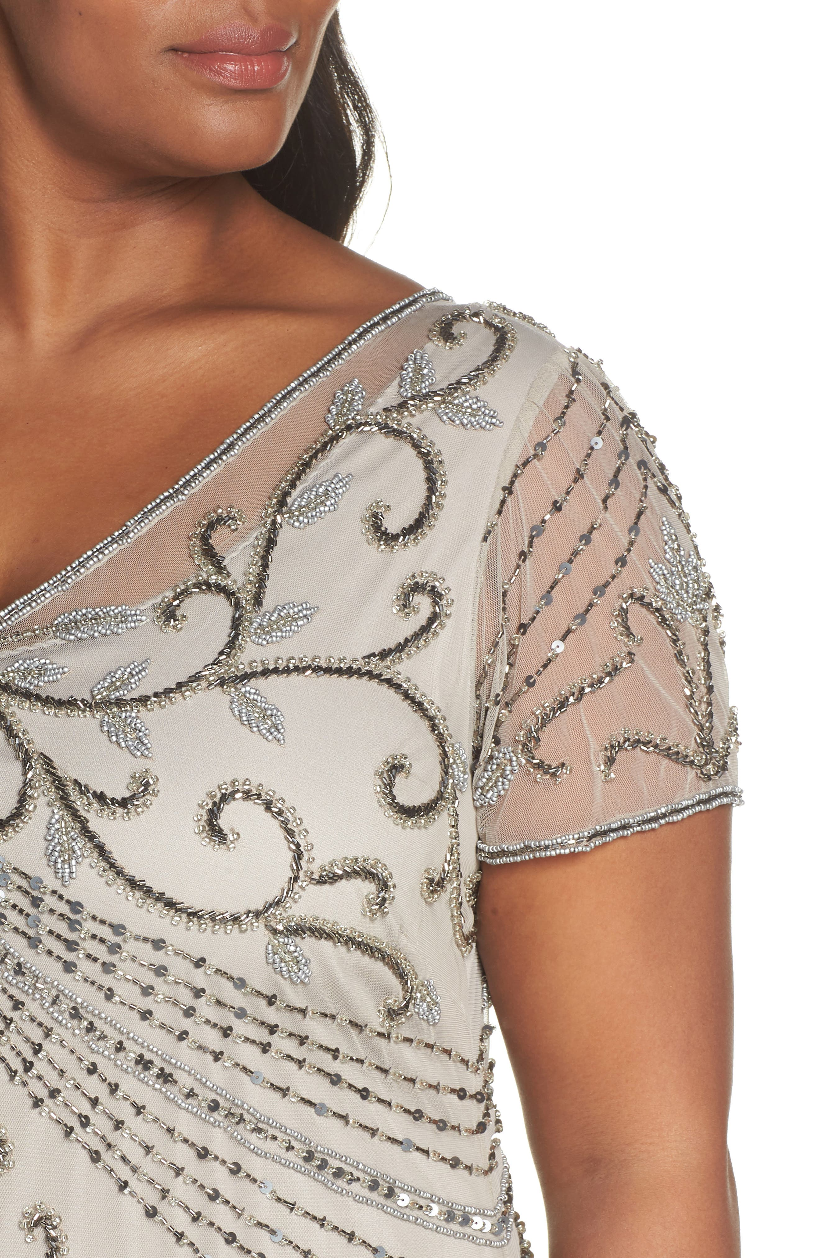 PISARRO NIGHTS, Beaded Mesh Gown, Alternate thumbnail 5, color, SILVER