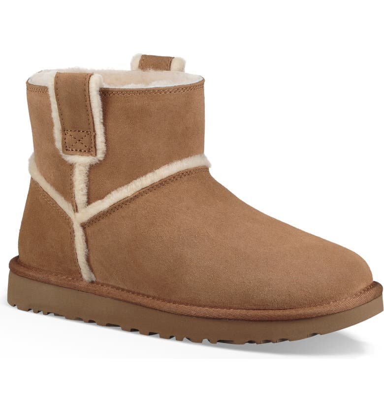 UGG UGG MINI CLASSIC GENUINE SHEARLING BOOT