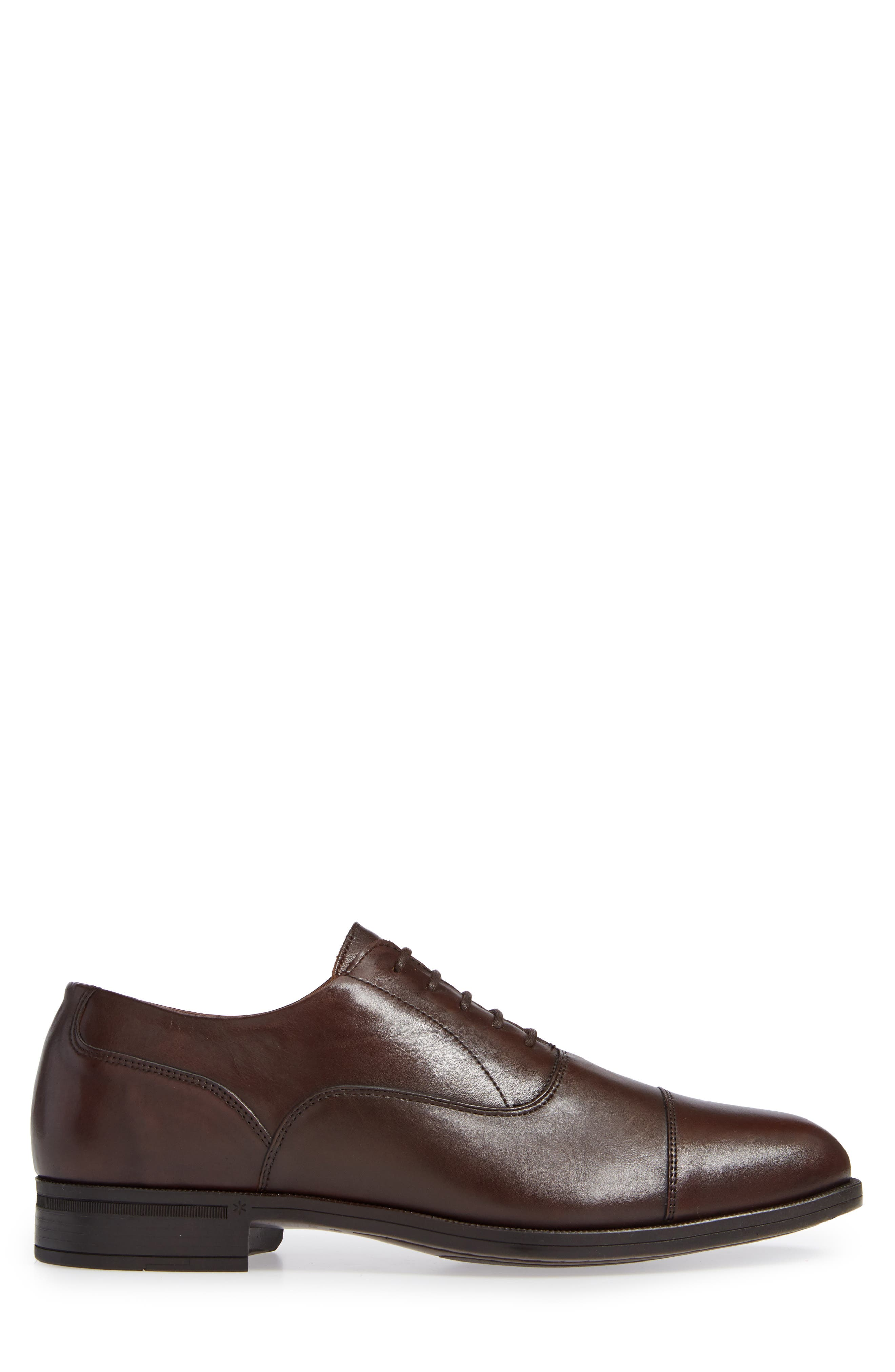 VINCE CAMUTO, Iven Cap Toe Oxford, Alternate thumbnail 3, color, DARK BROWN LEATHER