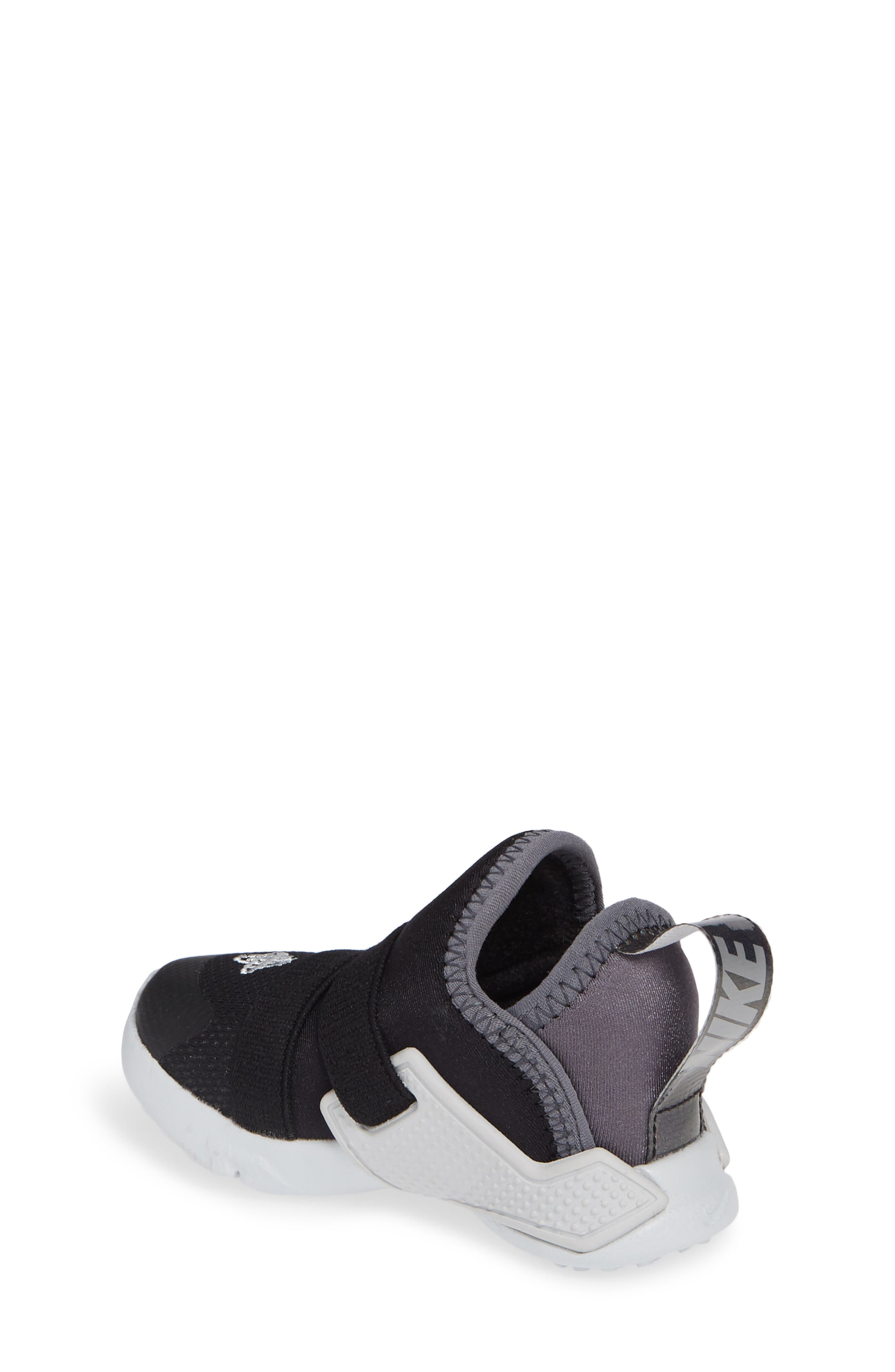 NIKE, Huarache Extreme Sneaker, Alternate thumbnail 2, color, BLACK/ METALLIC SILVER-GREY
