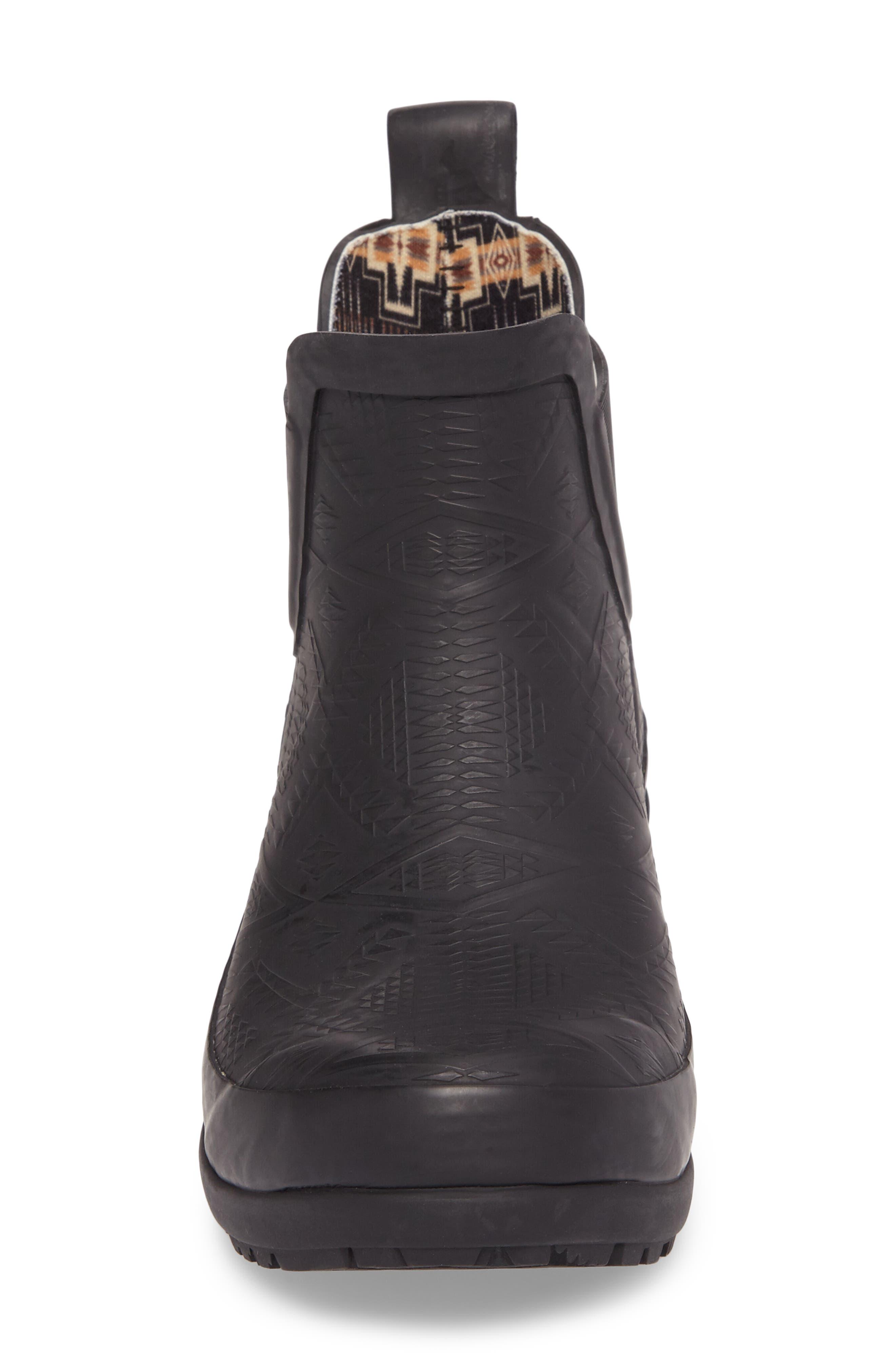 PENDLETON, Embossed Chelsea Rain Boot, Alternate thumbnail 4, color, BLACK