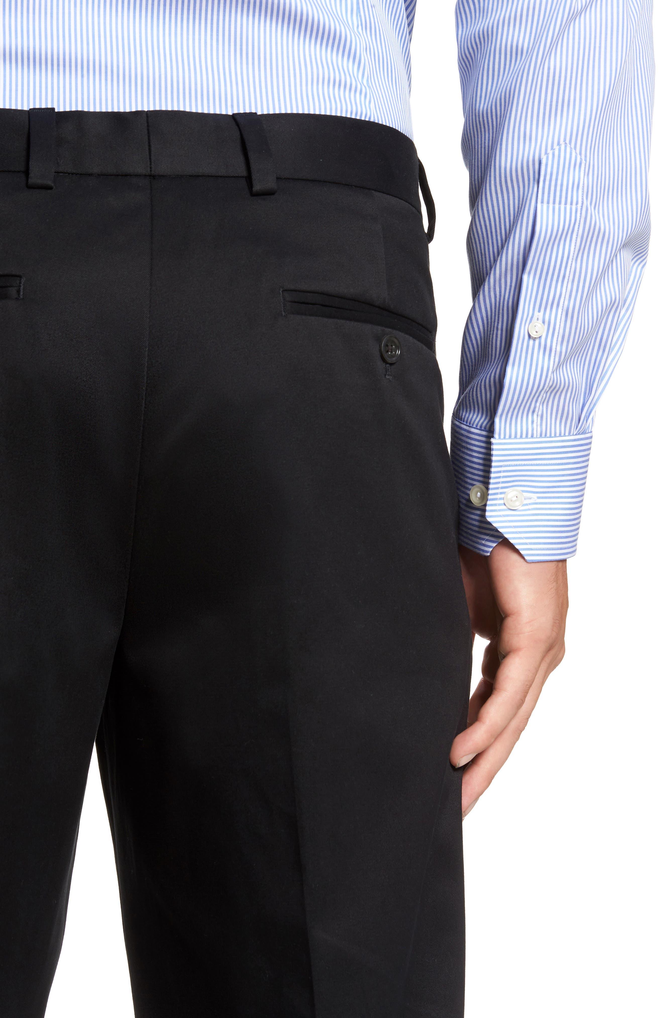 NORDSTROM MEN'S SHOP, 'Classic' Smartcare<sup>™</sup> Relaxed Fit Double Pleated Cotton Pants, Alternate thumbnail 5, color, BLACK