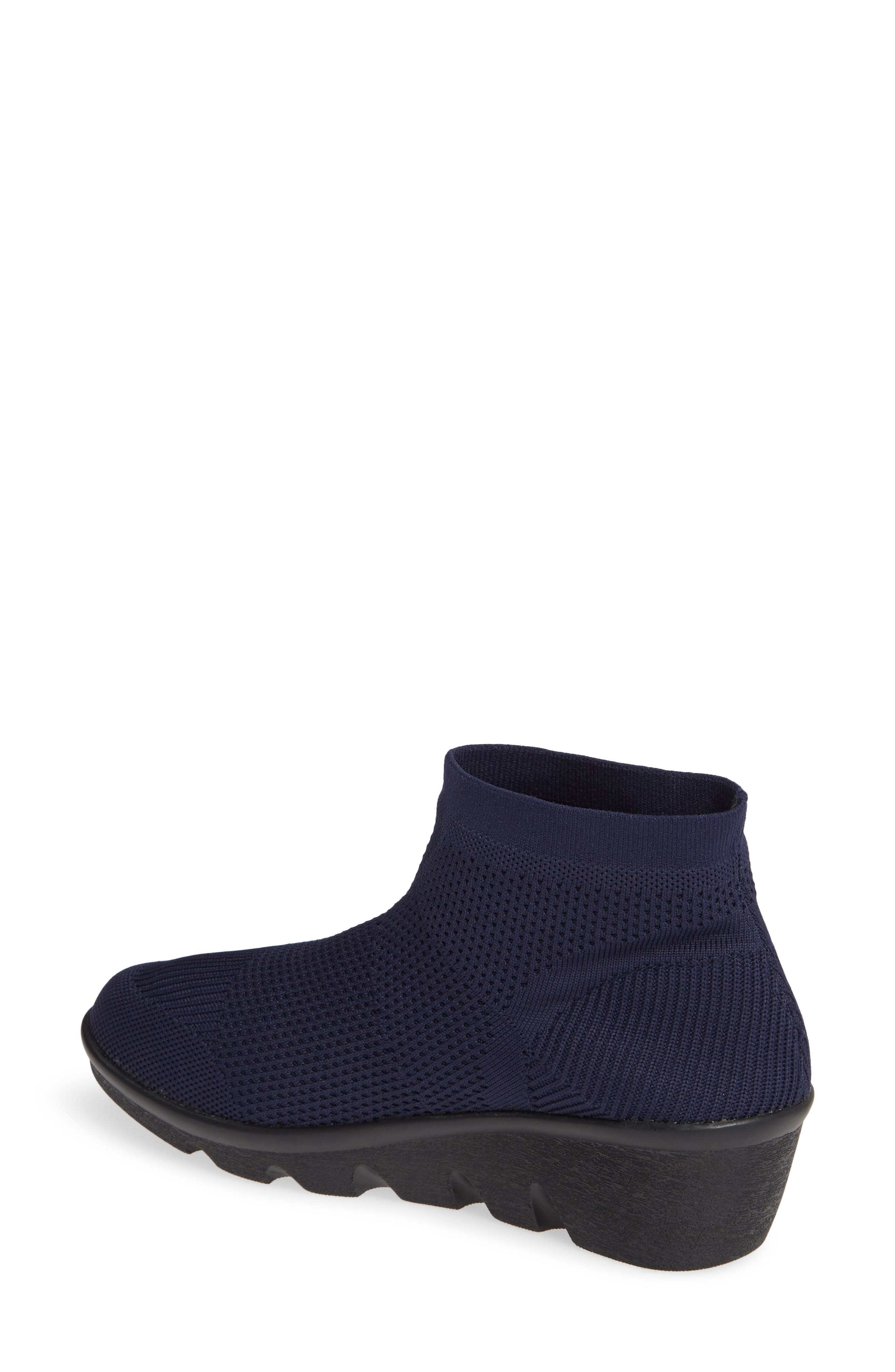 BERNIE MEV., Camryn Knit Bootie, Alternate thumbnail 2, color, NAVY FABRIC