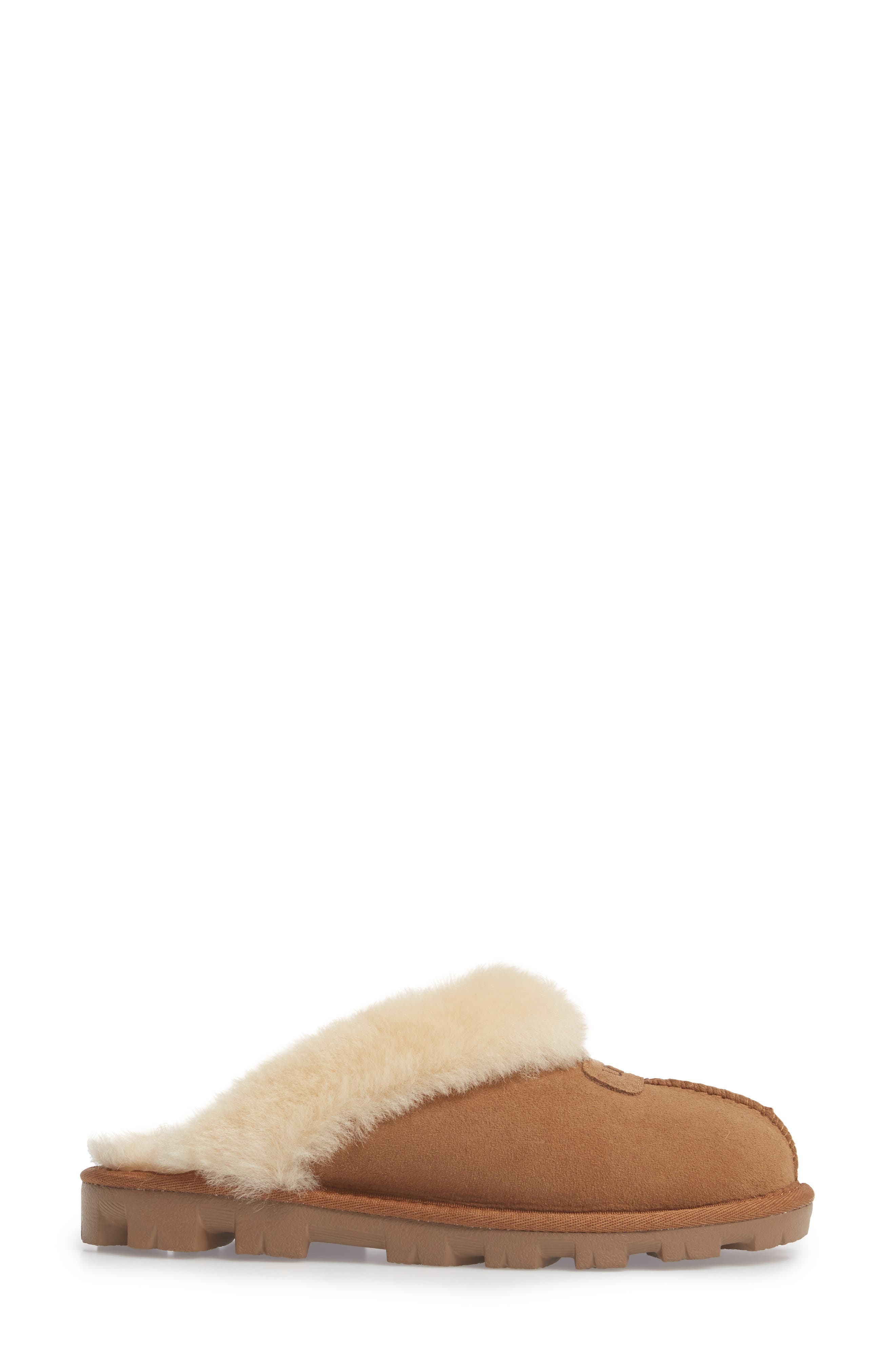 UGG<SUP>®</SUP>, Genuine Shearling Slipper, Alternate thumbnail 3, color, CHESTNUT