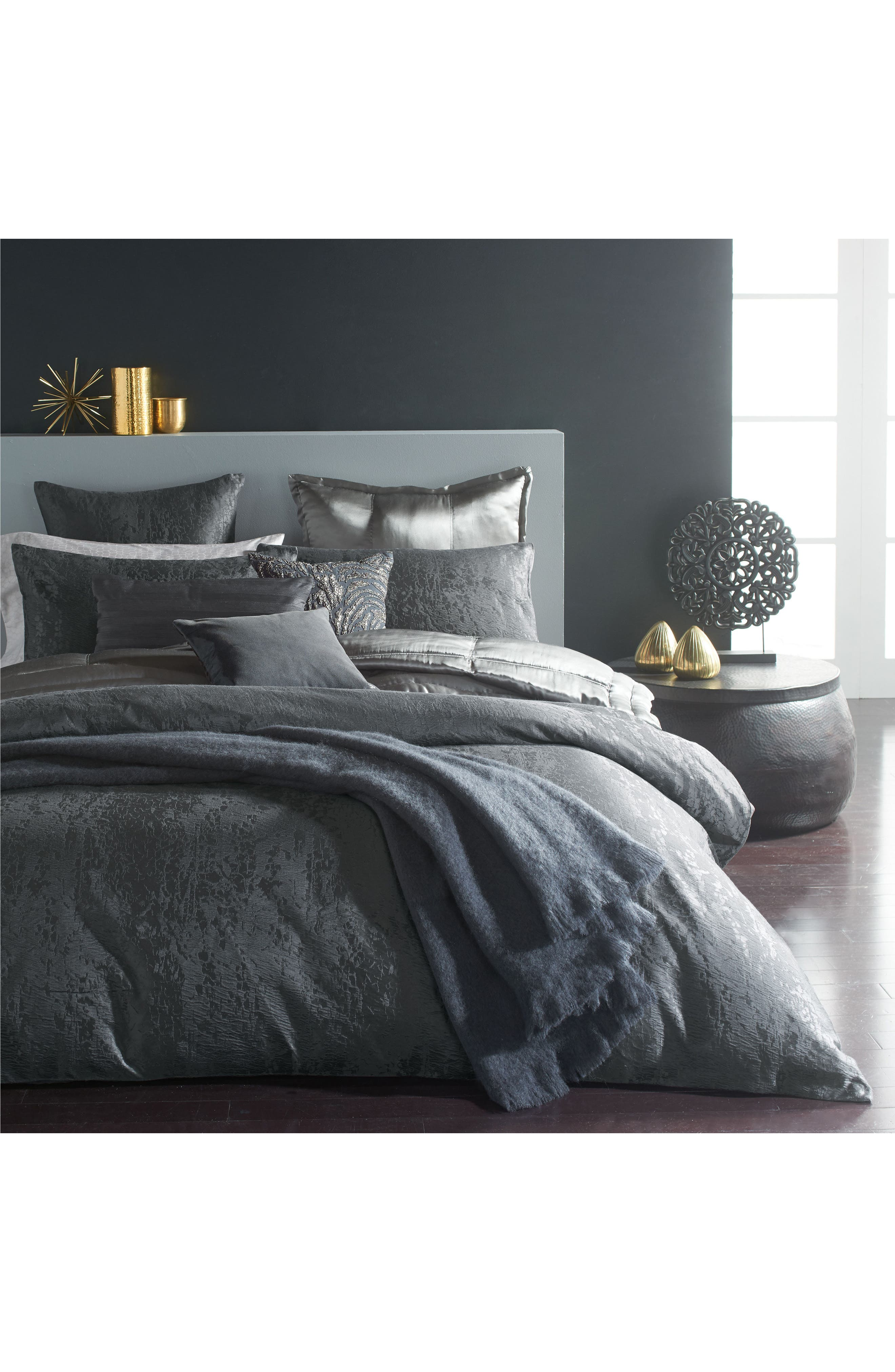 DONNA KARAN NEW YORK, Donna Karan Moonscape Euro Sham, Alternate thumbnail 2, color, CHARCOAL