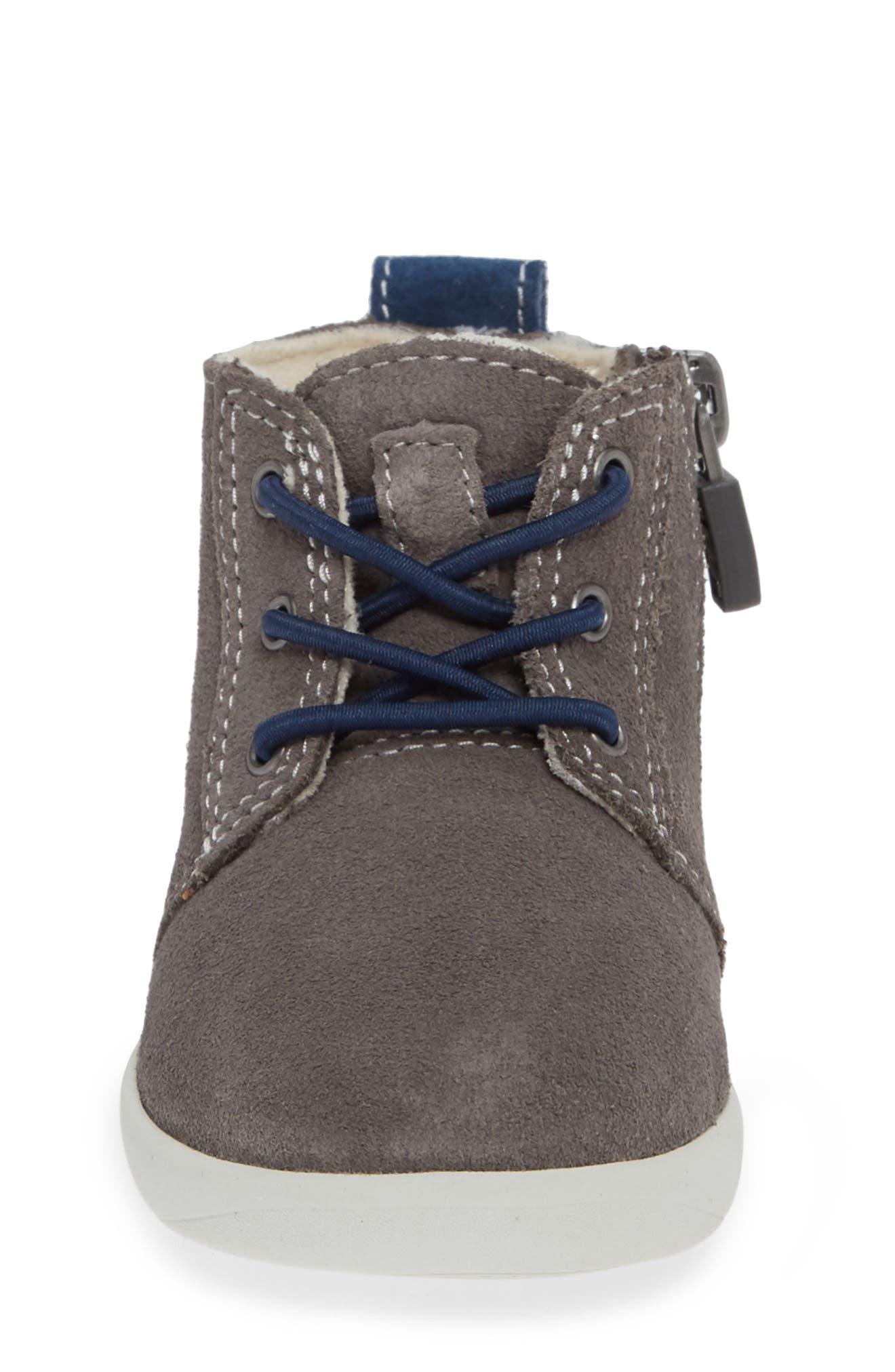 UGG<SUP>®</SUP>, Kristjan Chukka Sneaker, Alternate thumbnail 4, color, CHARCOAL GREY