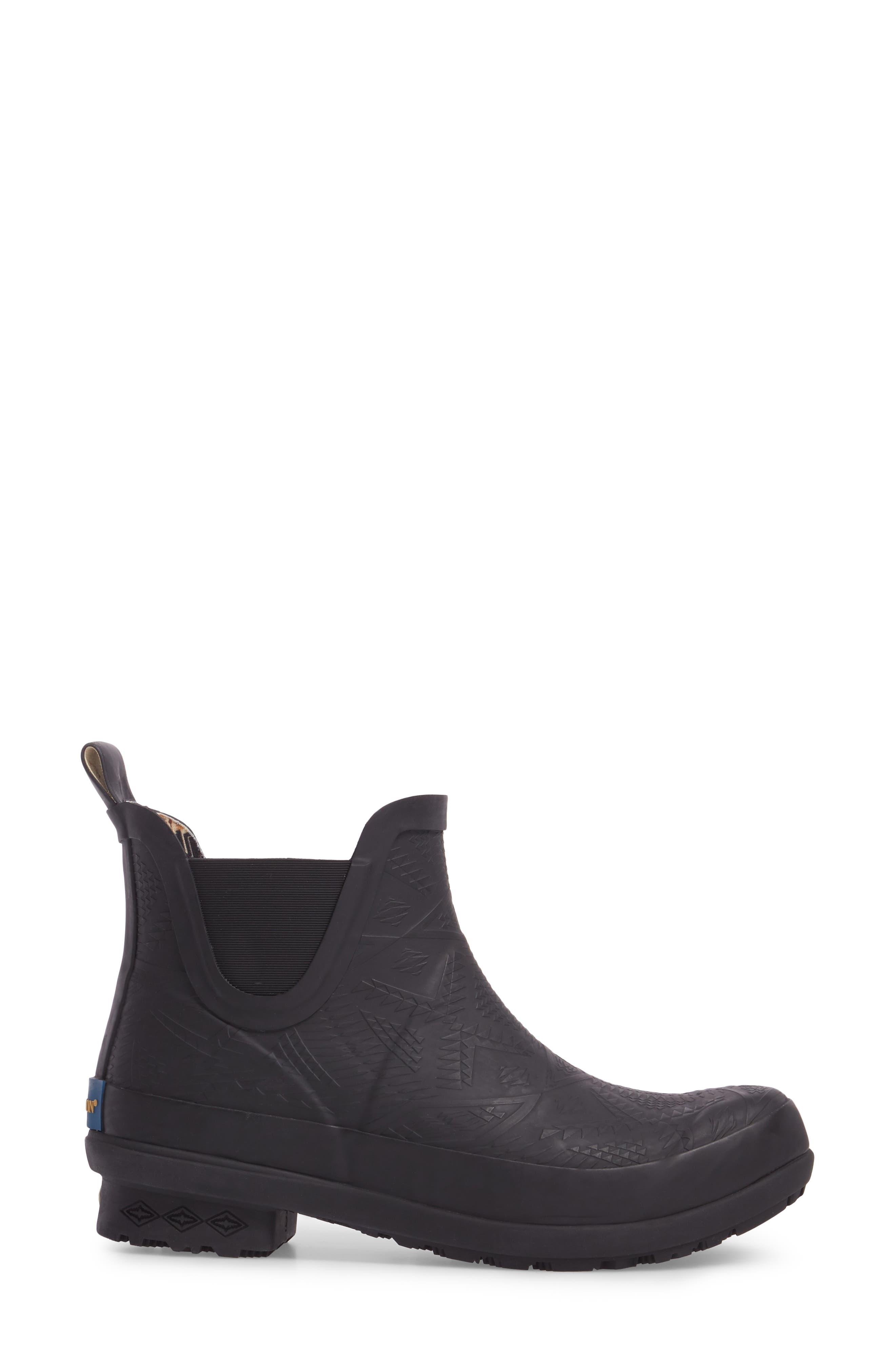 PENDLETON, Embossed Chelsea Rain Boot, Alternate thumbnail 3, color, BLACK