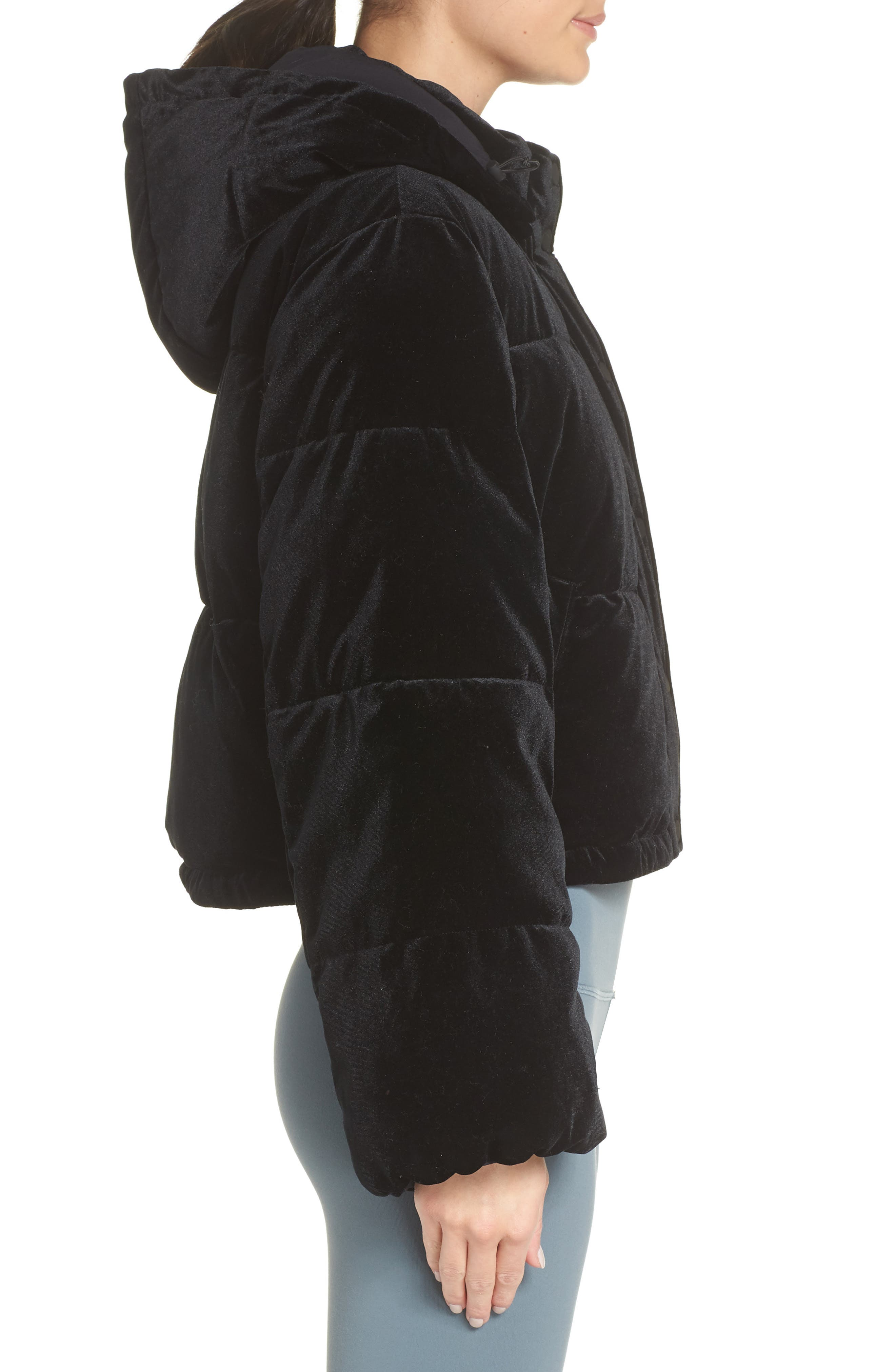ALO, Velvet Puffer Jacket, Alternate thumbnail 4, color, 001
