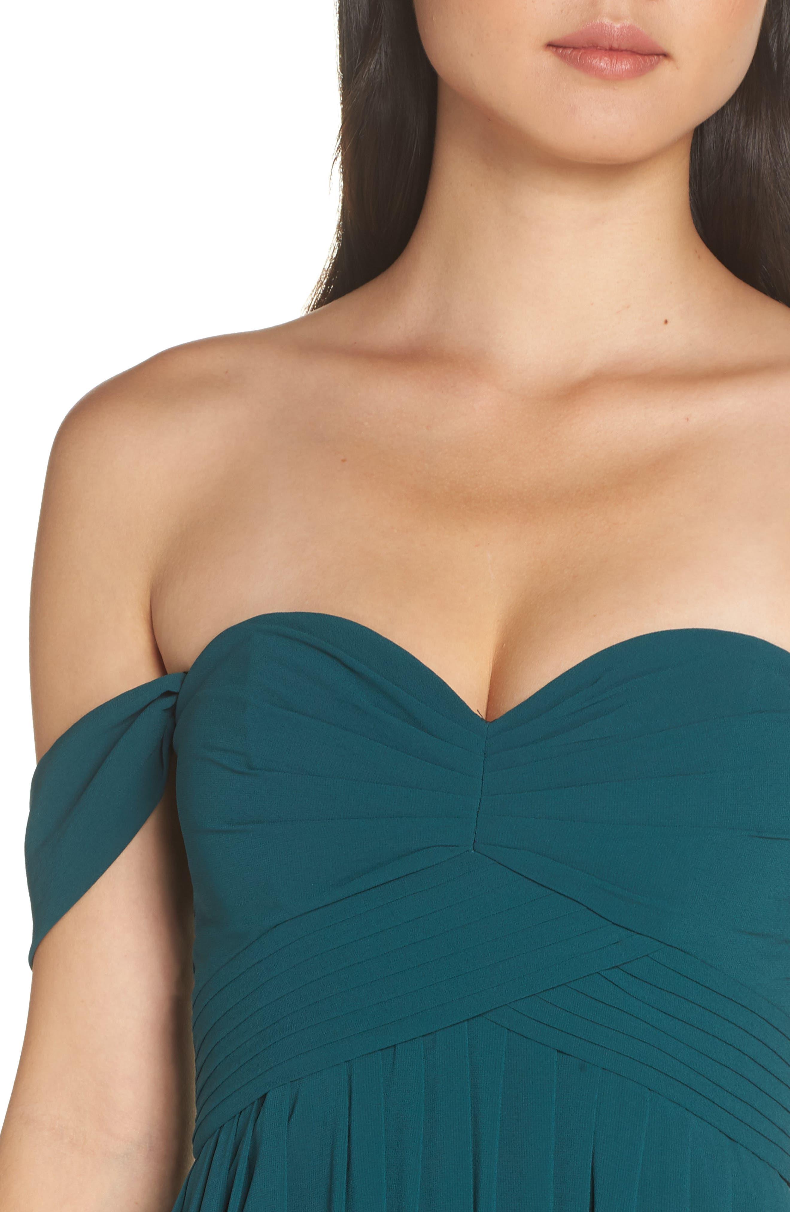 LULUS, Convertible Neckline Chiffon Gown, Alternate thumbnail 4, color, DEEP EMERALD