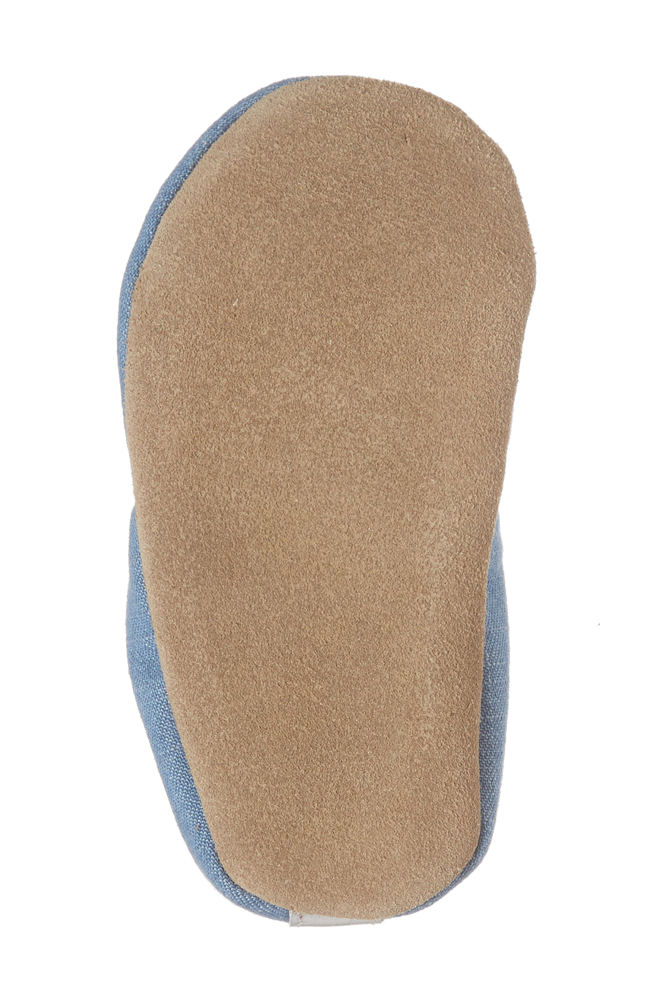 ROBEEZ<SUP>®</SUP>, Peace Out Moccasin Crib Shoe, Alternate thumbnail 6, color, BLUE