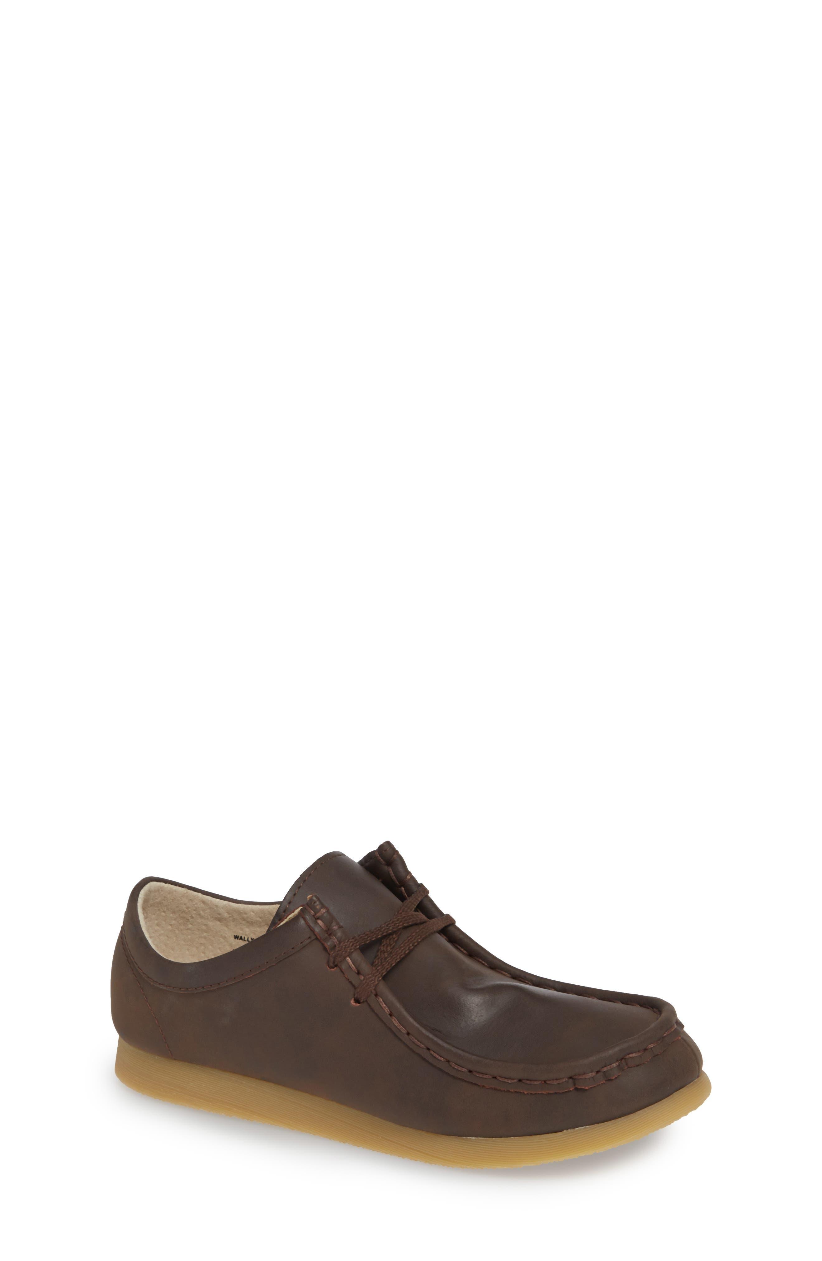 FOOTMATES, Wally Low Chukka Boot, Main thumbnail 1, color, BROWN OILED