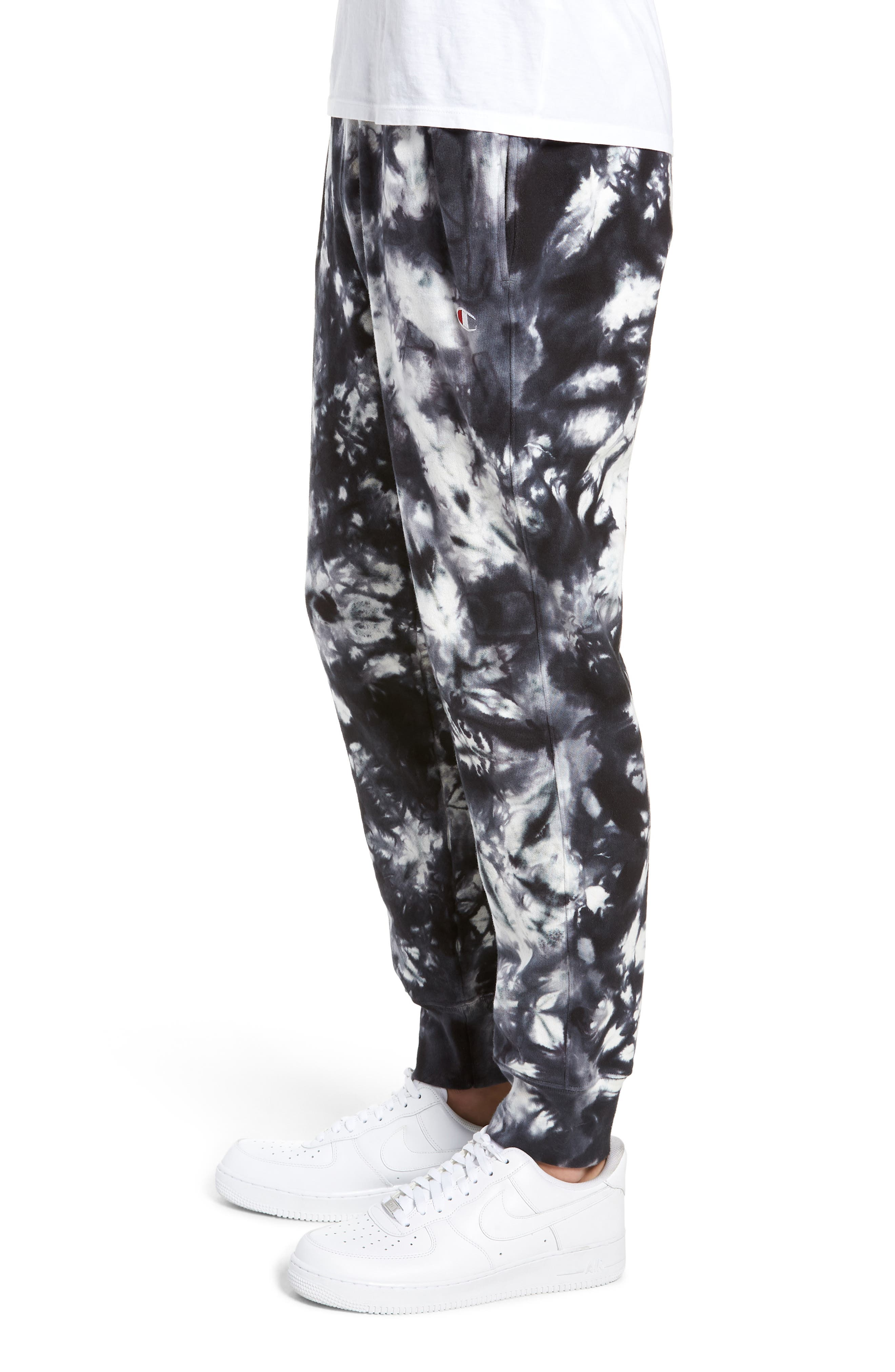 CHAMPION, Scrunch Dye Reverse Sweatpants, Alternate thumbnail 4, color, BLACK