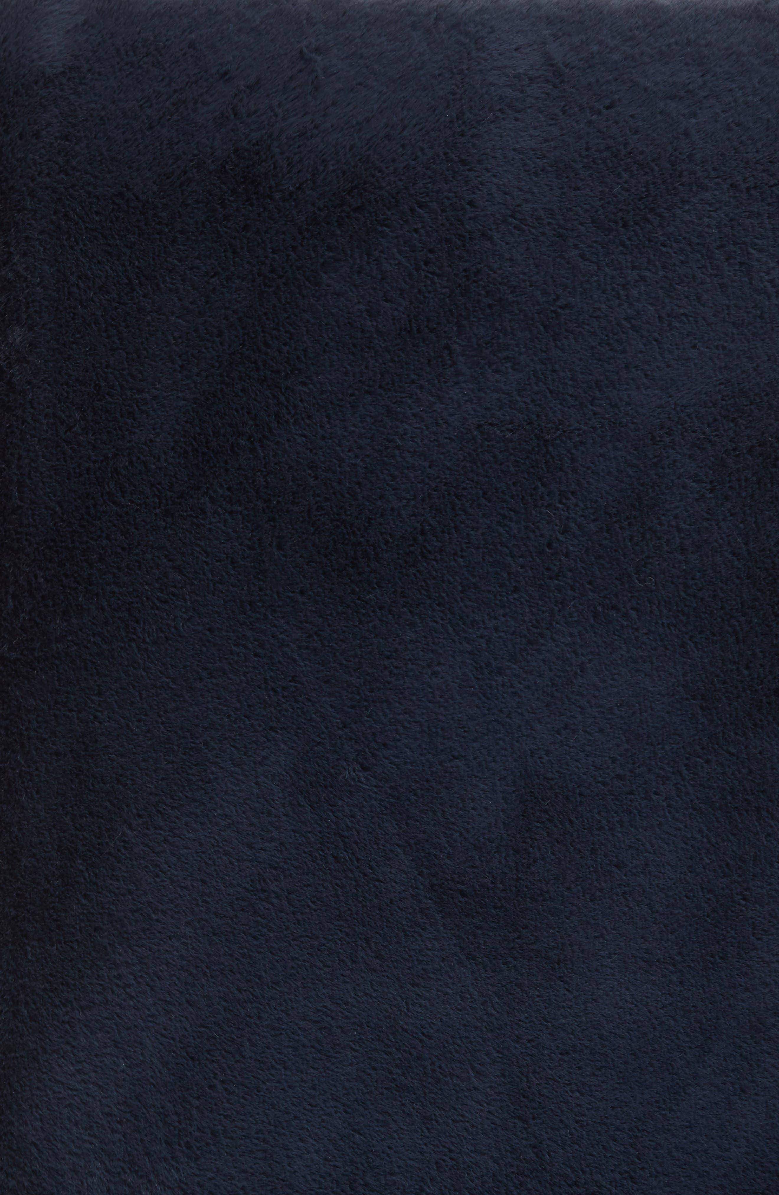 NORDSTROM AT HOME, Reversible Plush Throw Blanket, Alternate thumbnail 2, color, NAVY BLUE