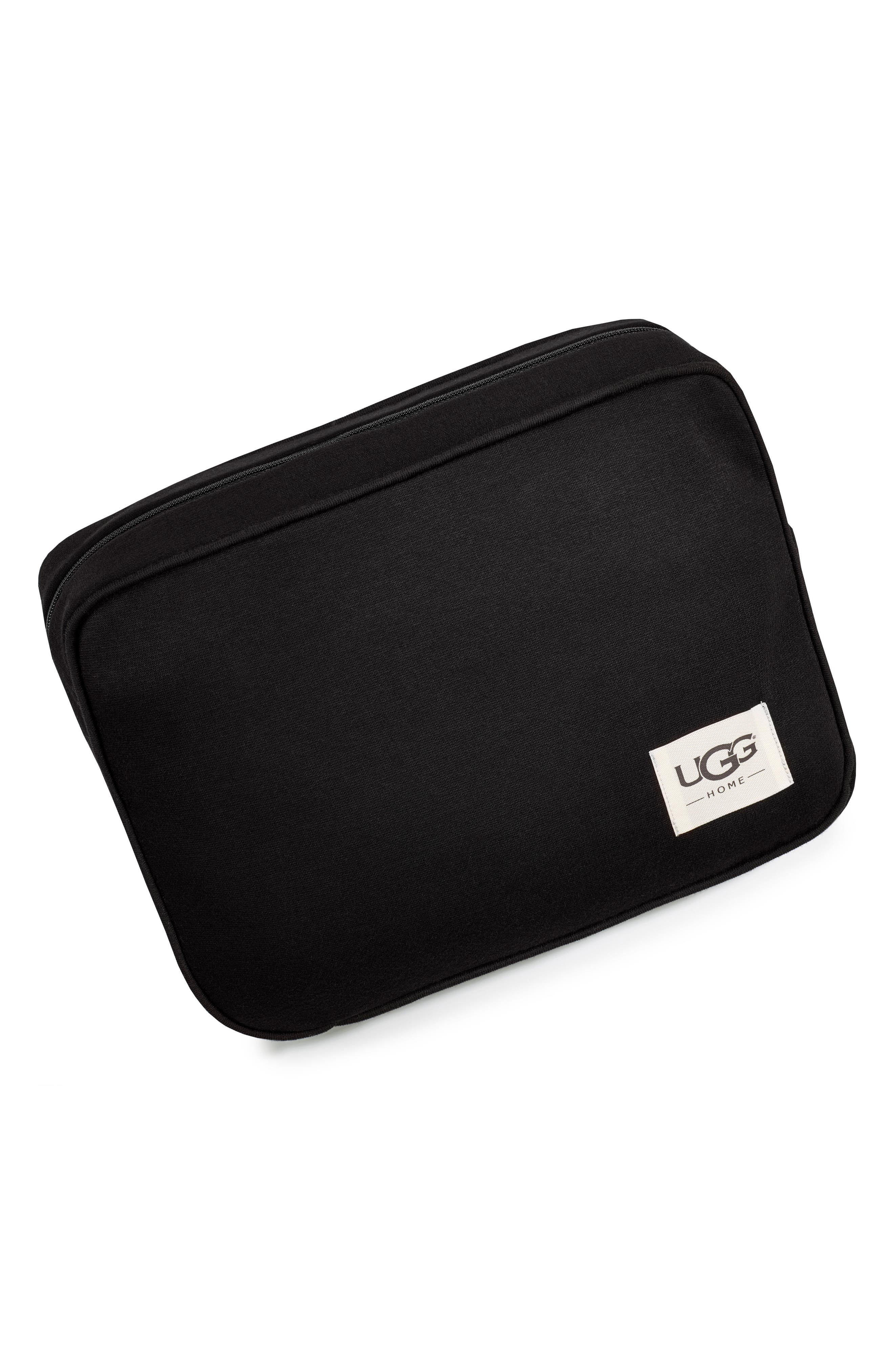 UGG<SUP>®</SUP>, Duffield Eye Mask, Pouch & Blanket Travel Set, Alternate thumbnail 4, color, 001