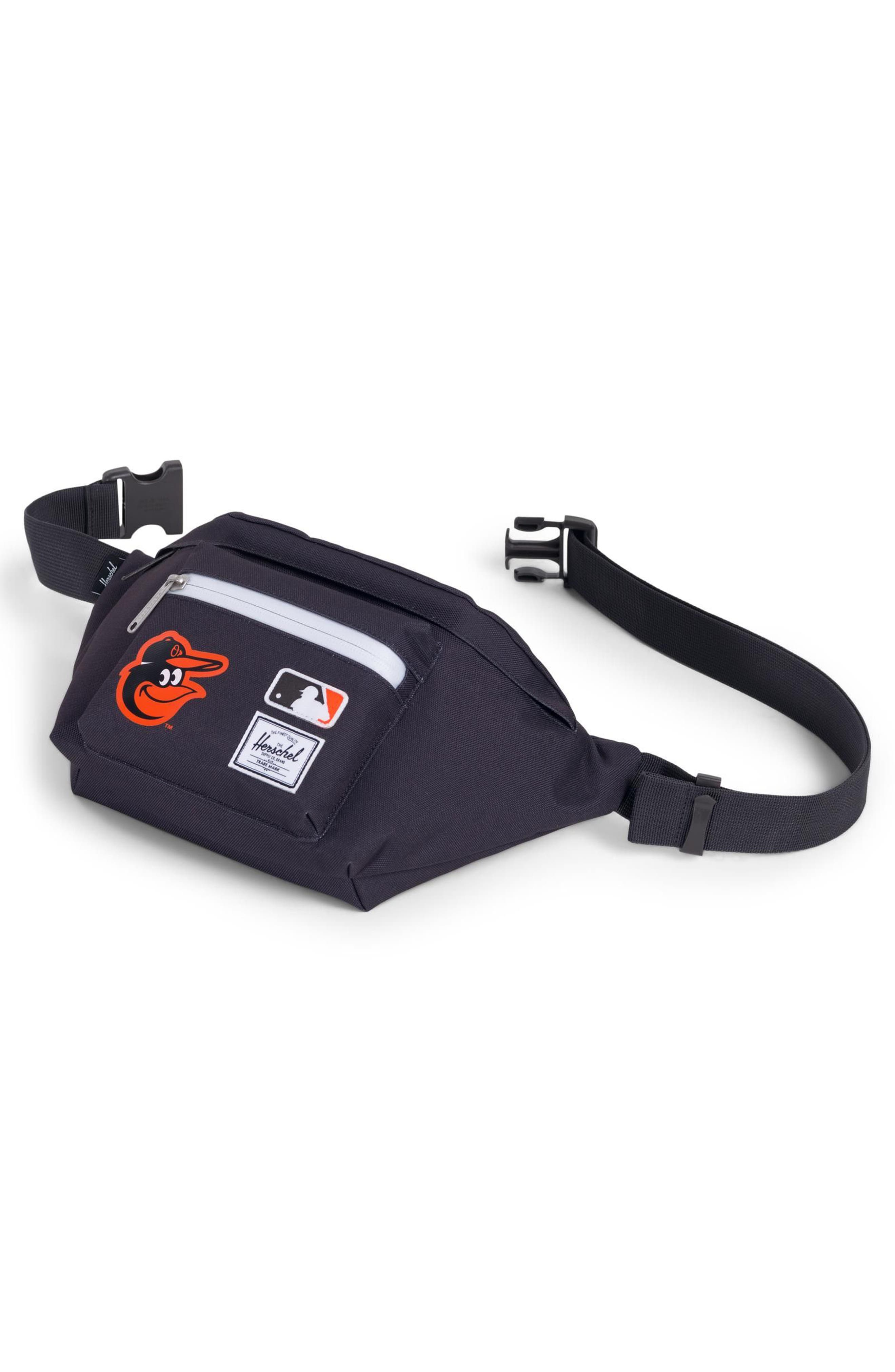 HERSCHEL SUPPLY CO., MLB American League Hip Pack, Alternate thumbnail 3, color, 001