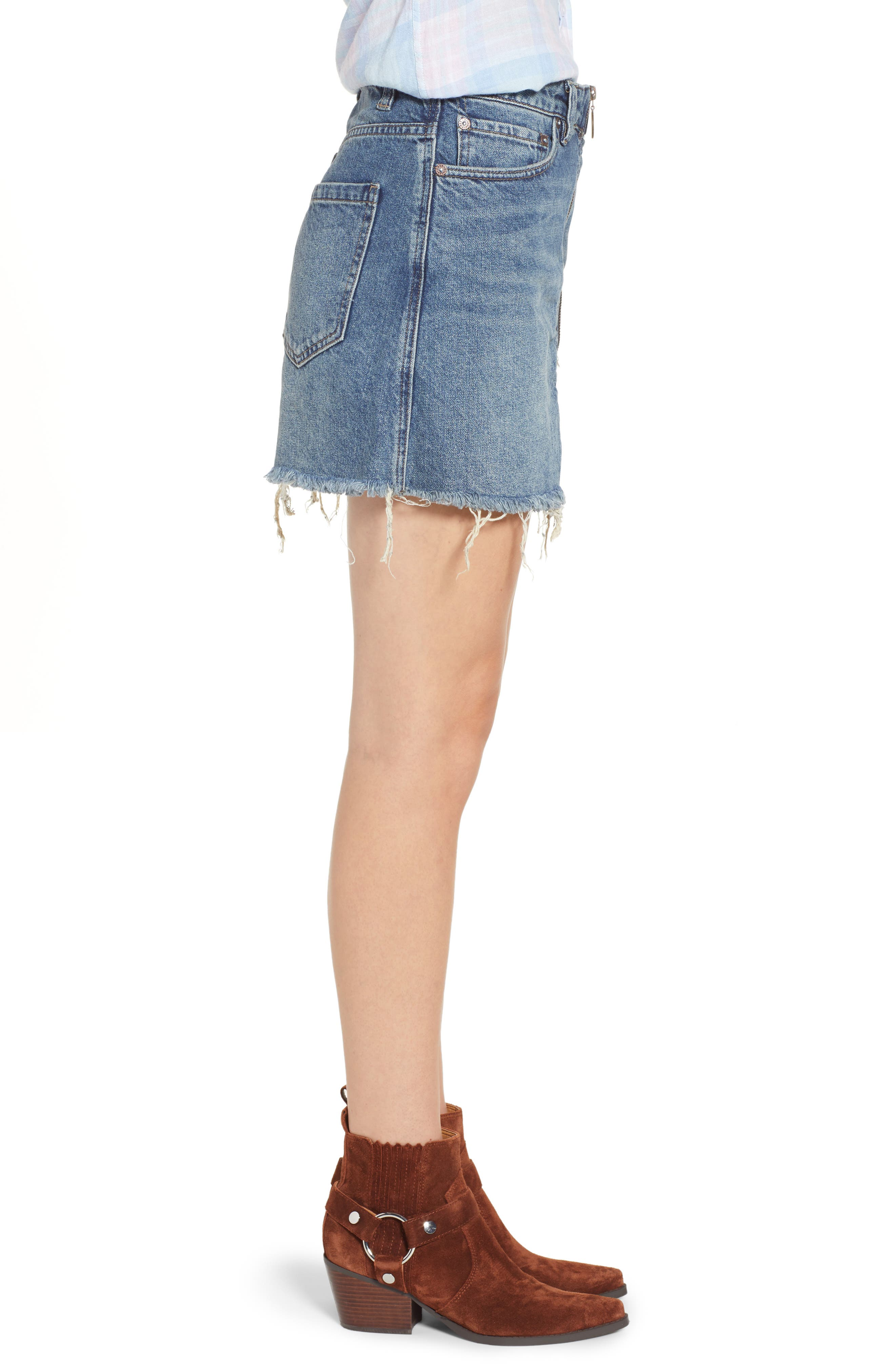 FREE PEOPLE, We the Free by Free People Zip It Up Denim Miniskirt, Alternate thumbnail 4, color, BLUE