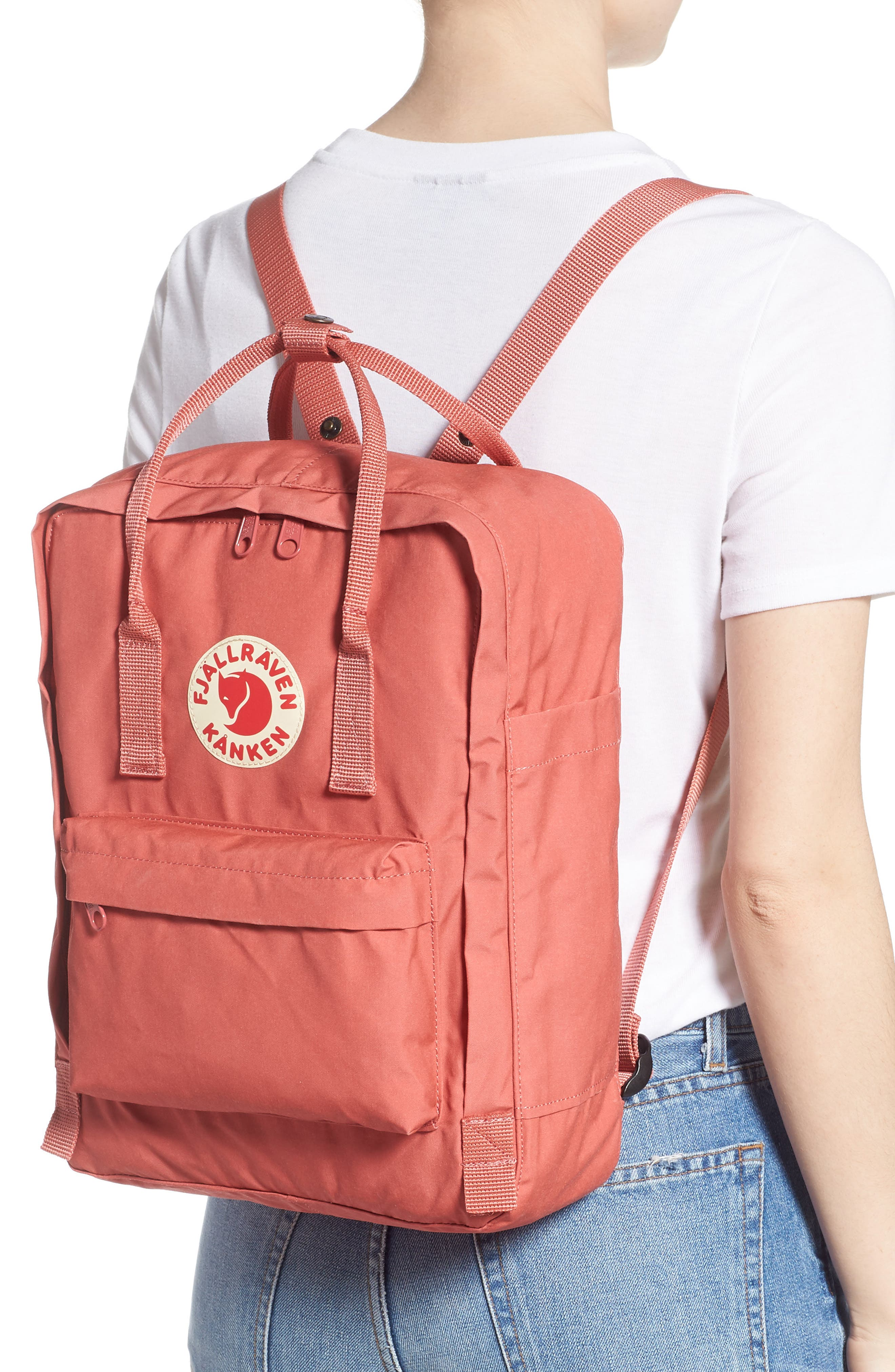 FJÄLLRÄVEN, Kånken Water Resistant Backpack, Alternate thumbnail 2, color, DAHLIA