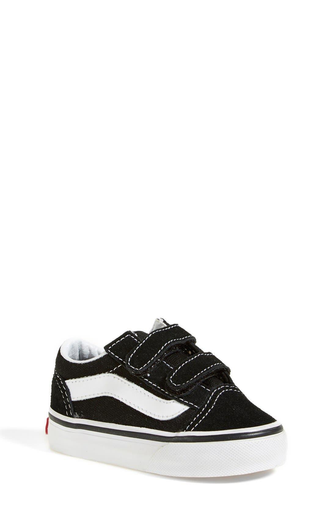 VANS, 'Old Skool V' Sneaker, Main thumbnail 1, color, BLACK/ TRUE WHITE