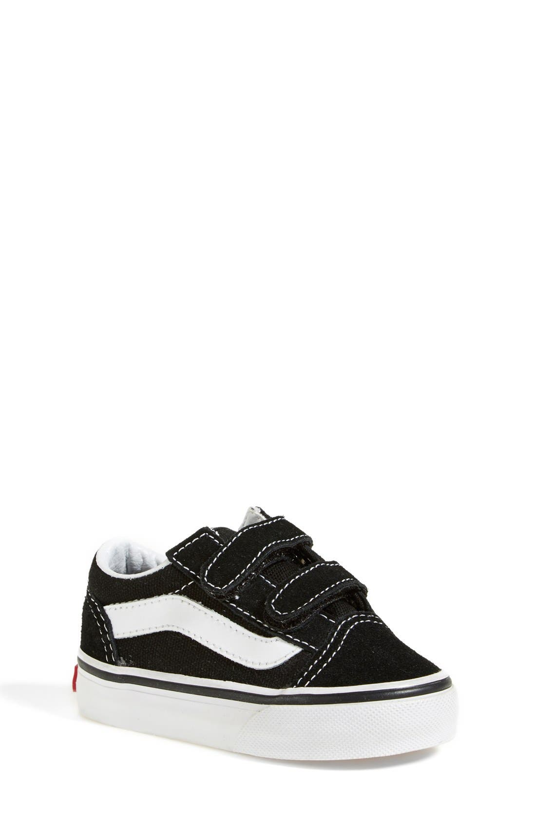 VANS 'Old Skool V' Sneaker, Main, color, BLACK/ TRUE WHITE