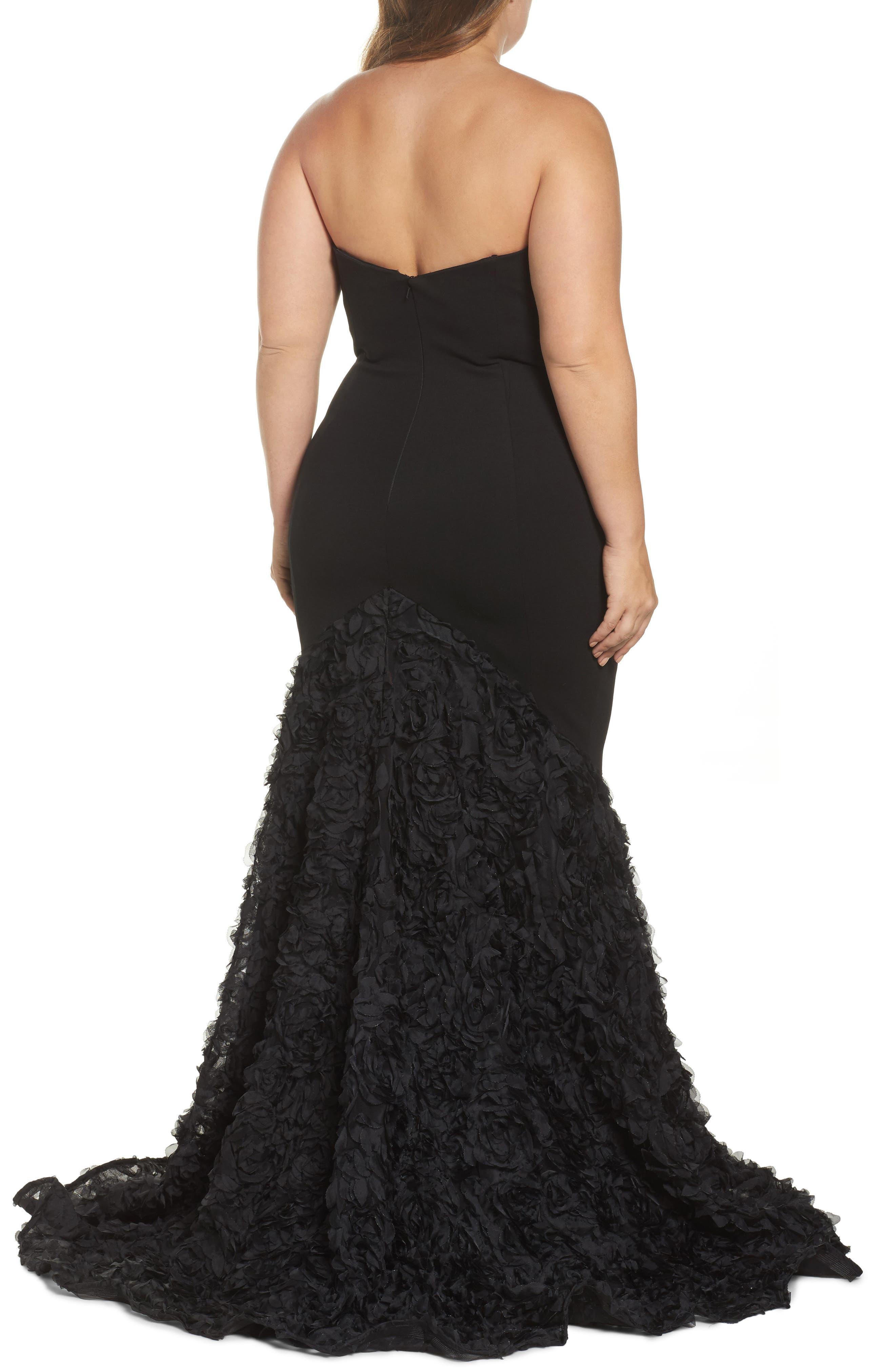 MAC DUGGAL, Strapless Bustier Rosette Gown, Alternate thumbnail 2, color, BLACK