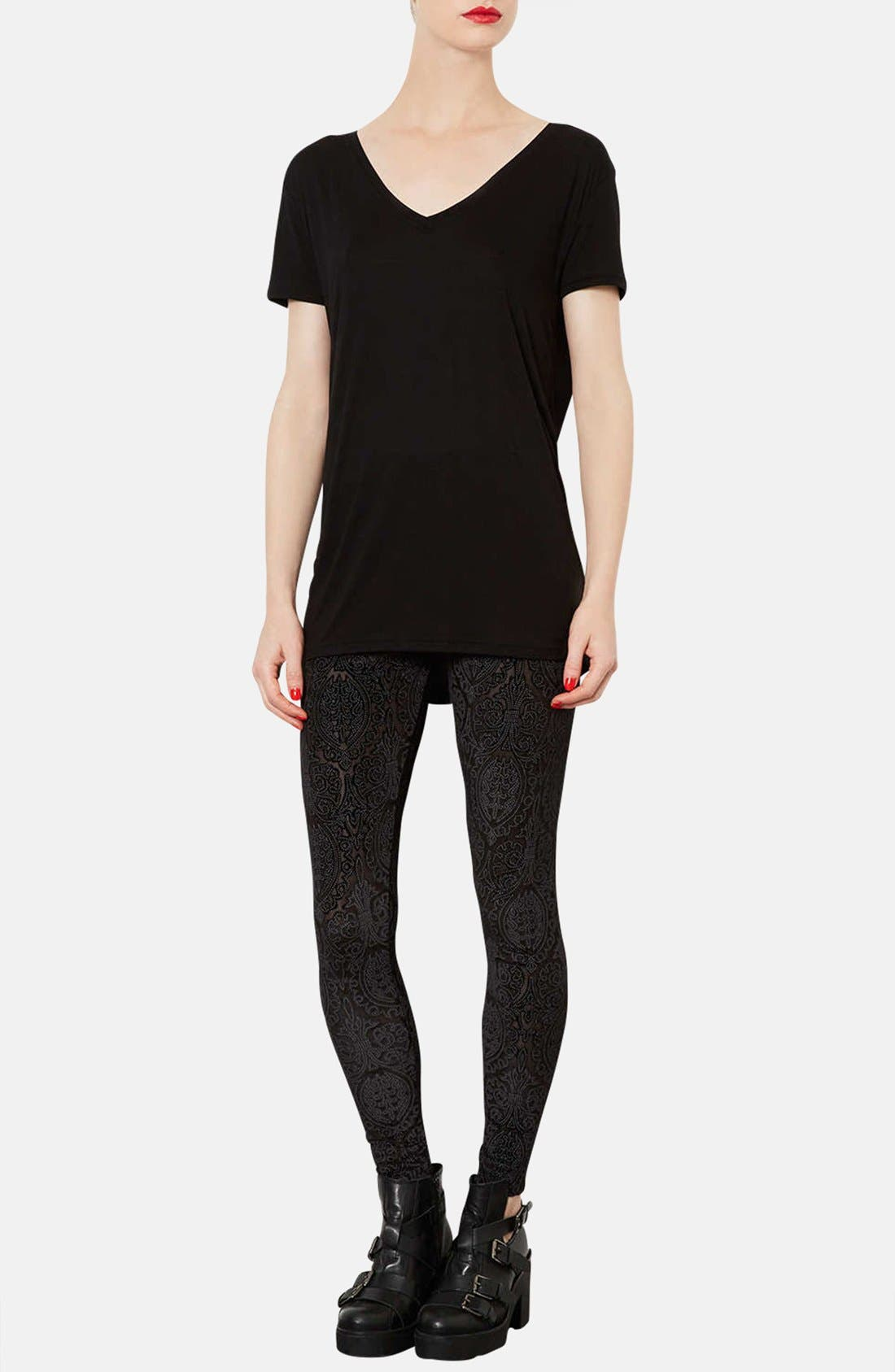 TOPSHOP, V-Neck Tee, Alternate thumbnail 2, color, 001