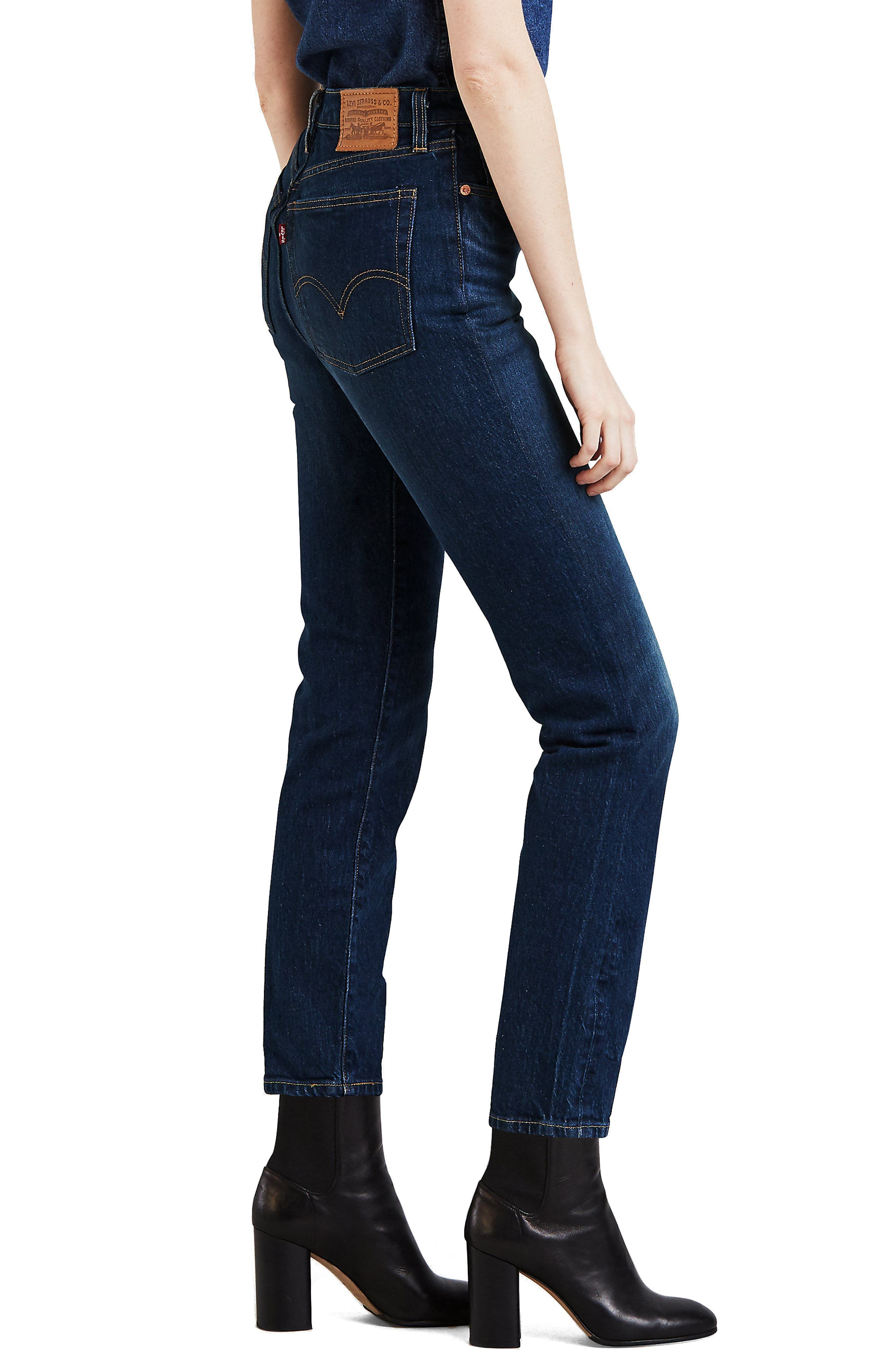 LEVI'S<SUP>®</SUP>, Wedgie Icon Fit High Waist Crop Jeans, Alternate thumbnail 4, color, AUTHENTIC FAVORITE
