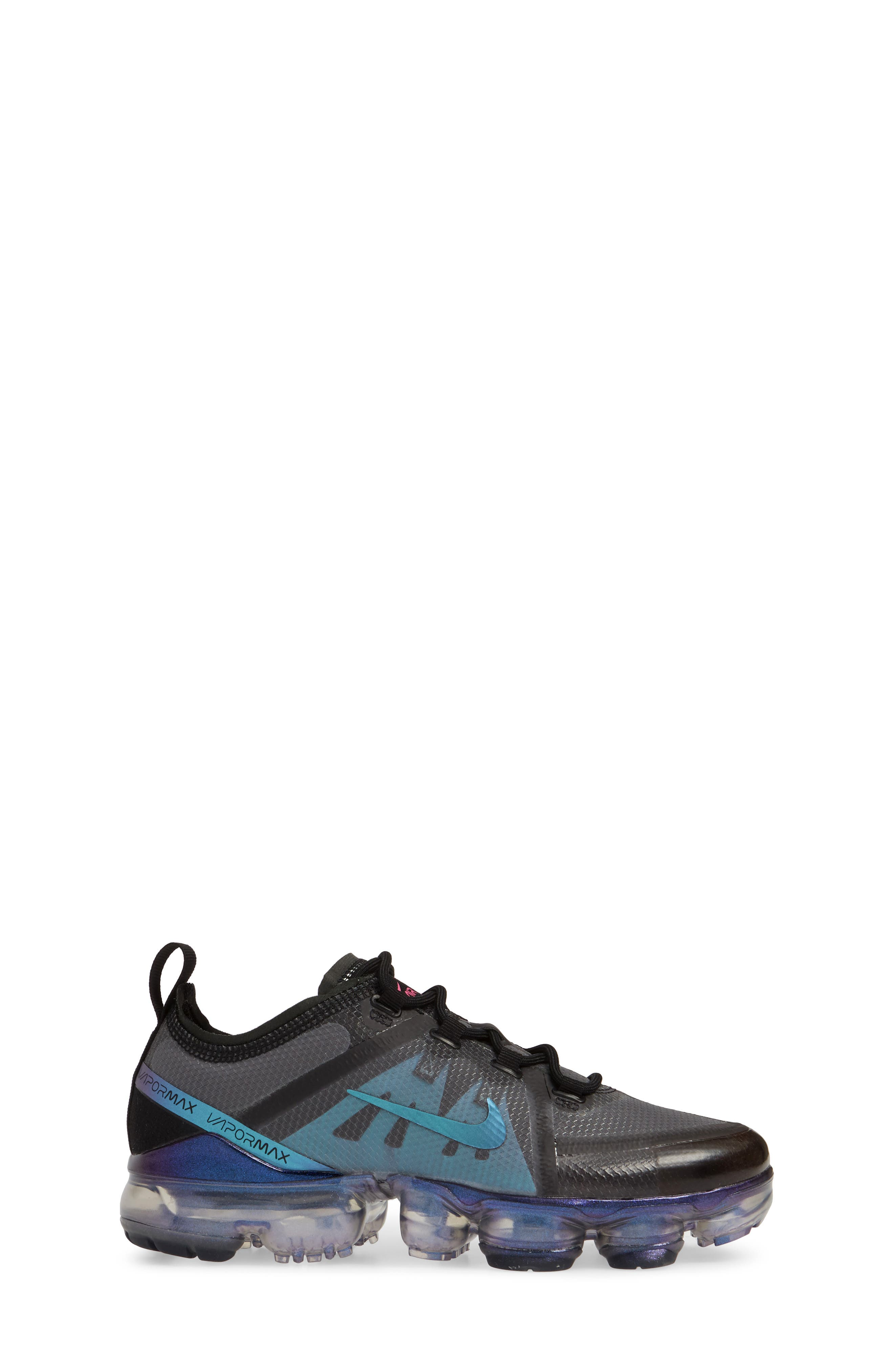NIKE, Air VaporMax 2019 Running Shoe, Alternate thumbnail 3, color, BLACK/ FUCHSIA-ANTHRACITE