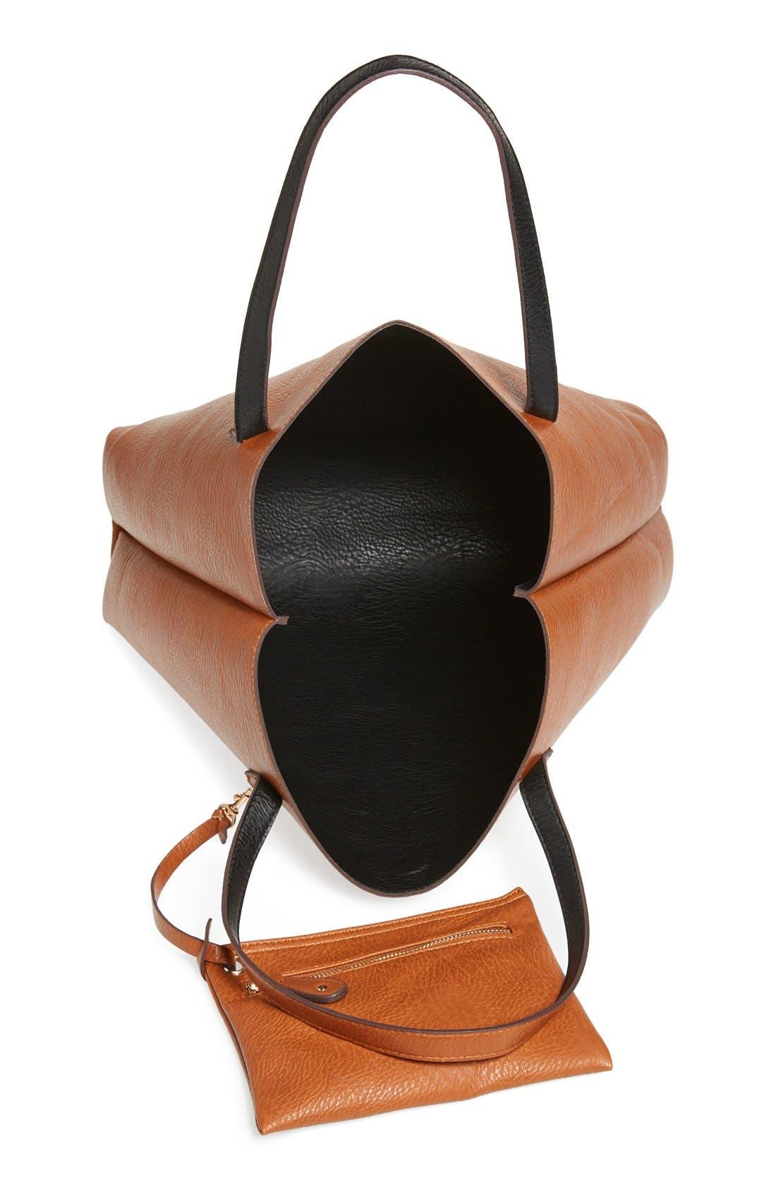 STREET LEVEL, Reversible Faux Leather Tote & Wristlet, Alternate thumbnail 9, color, BLACK/ COGNAC