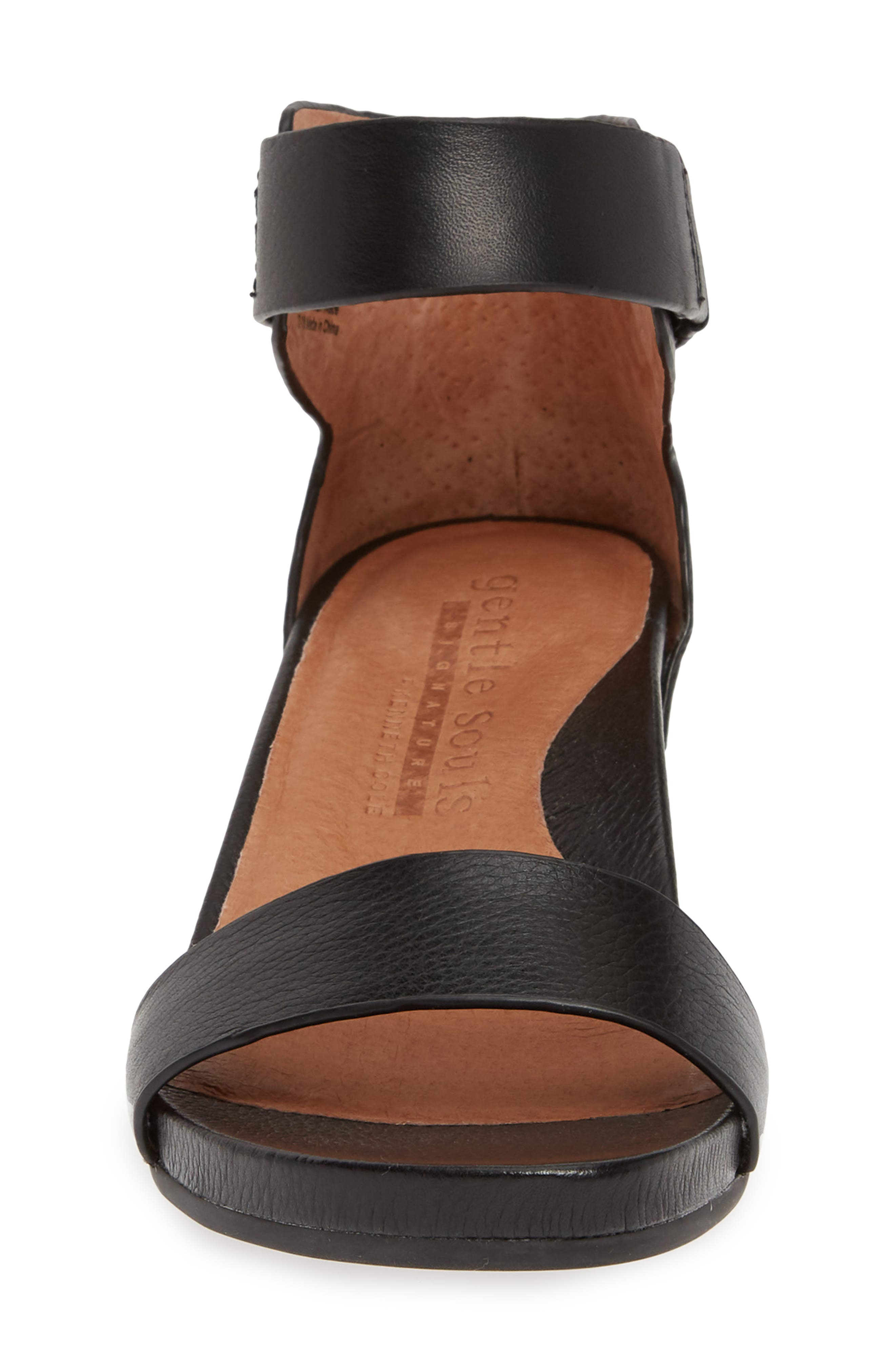 GENTLE SOULS SIGNATURE, Gianna Wedge Sandal, Alternate thumbnail 4, color, BLACK LEATHER