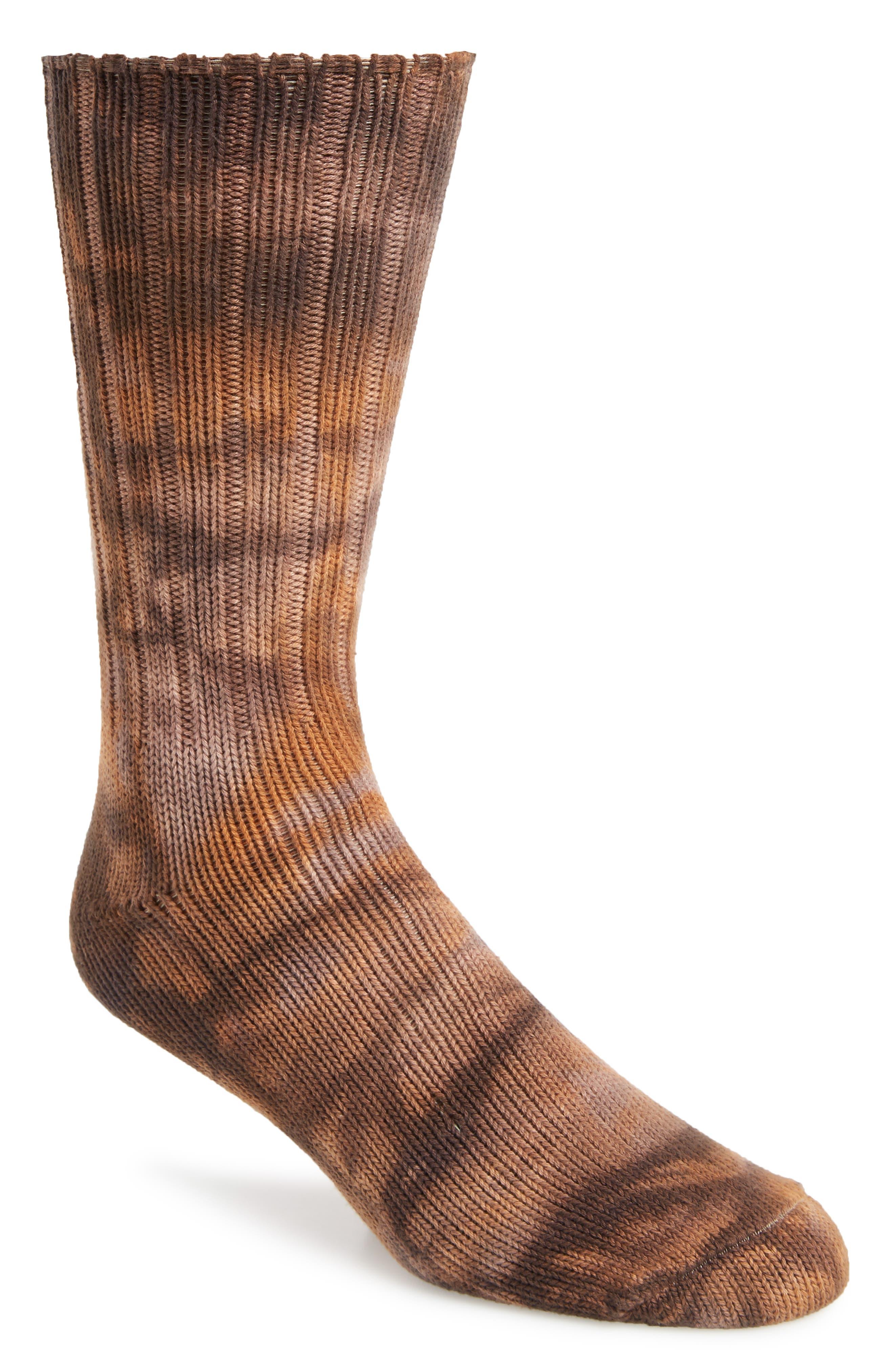 ANONYMOUS ISM, Uneven Dye Socks, Main thumbnail 1, color, BROWN