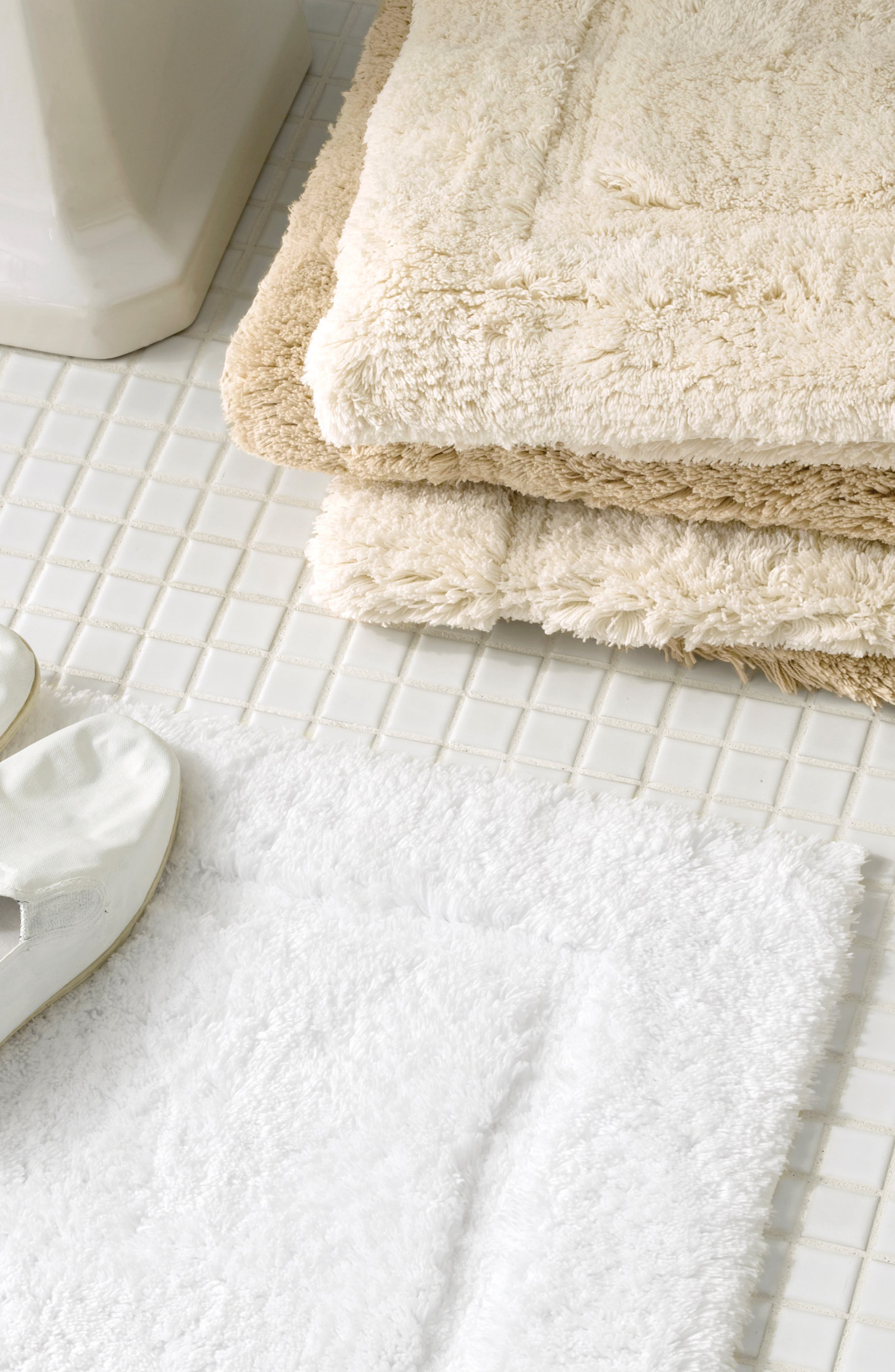 MATOUK, Milagro Bath Rug, Alternate thumbnail 3, color, WHITE