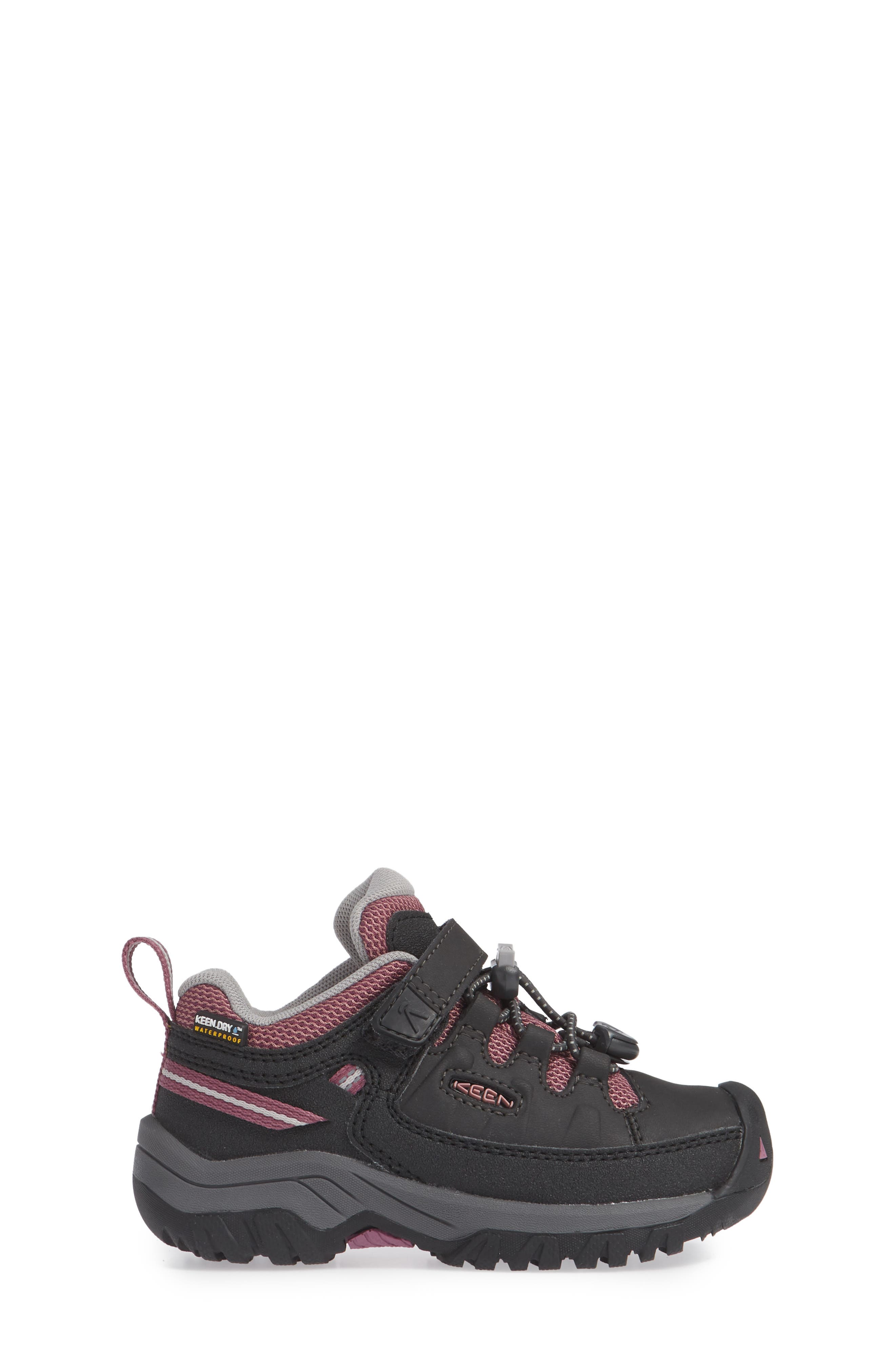 KEEN, Targhee Low Waterproof Sneaker, Alternate thumbnail 3, color, RAVEN/ TULIPWOOD
