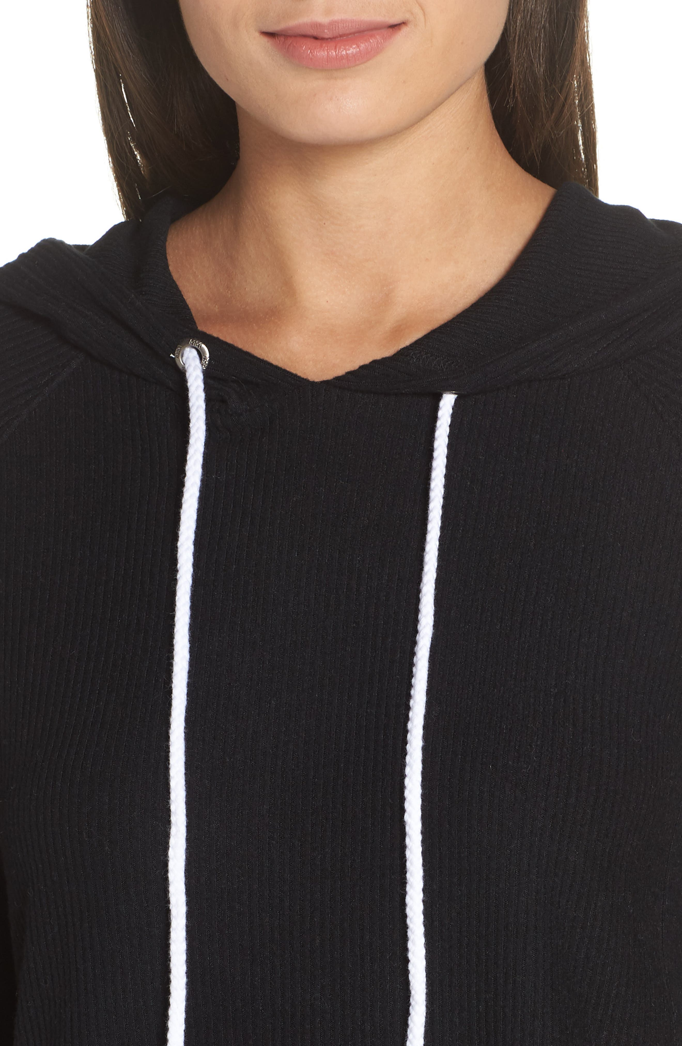 MAKE + MODEL, Cozy Up Cropped Ribbed Hoodie, Alternate thumbnail 4, color, 001