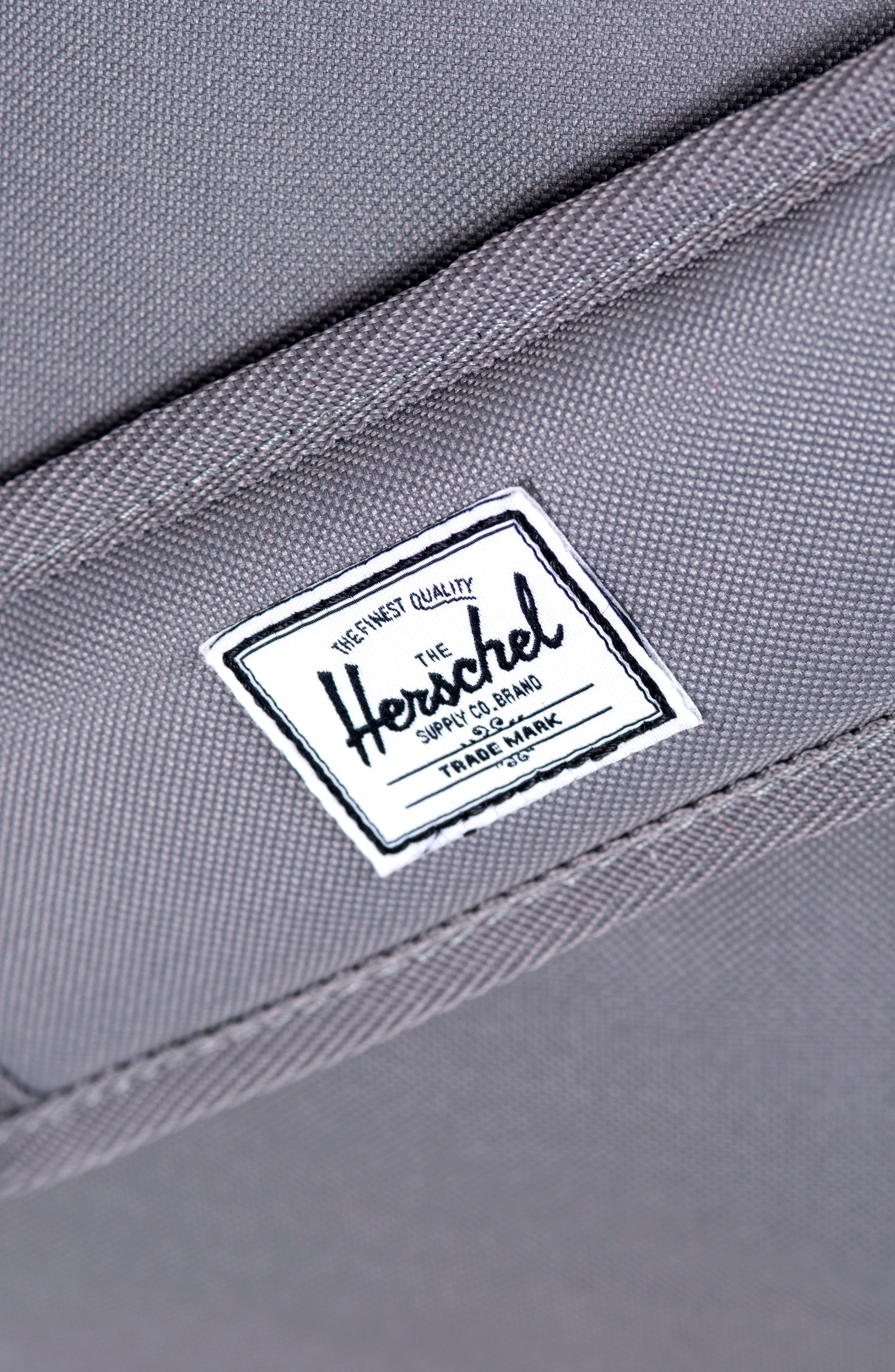HERSCHEL SUPPLY CO., Novel Canvas Duffle Bag, Alternate thumbnail 5, color, GREY/ TAN