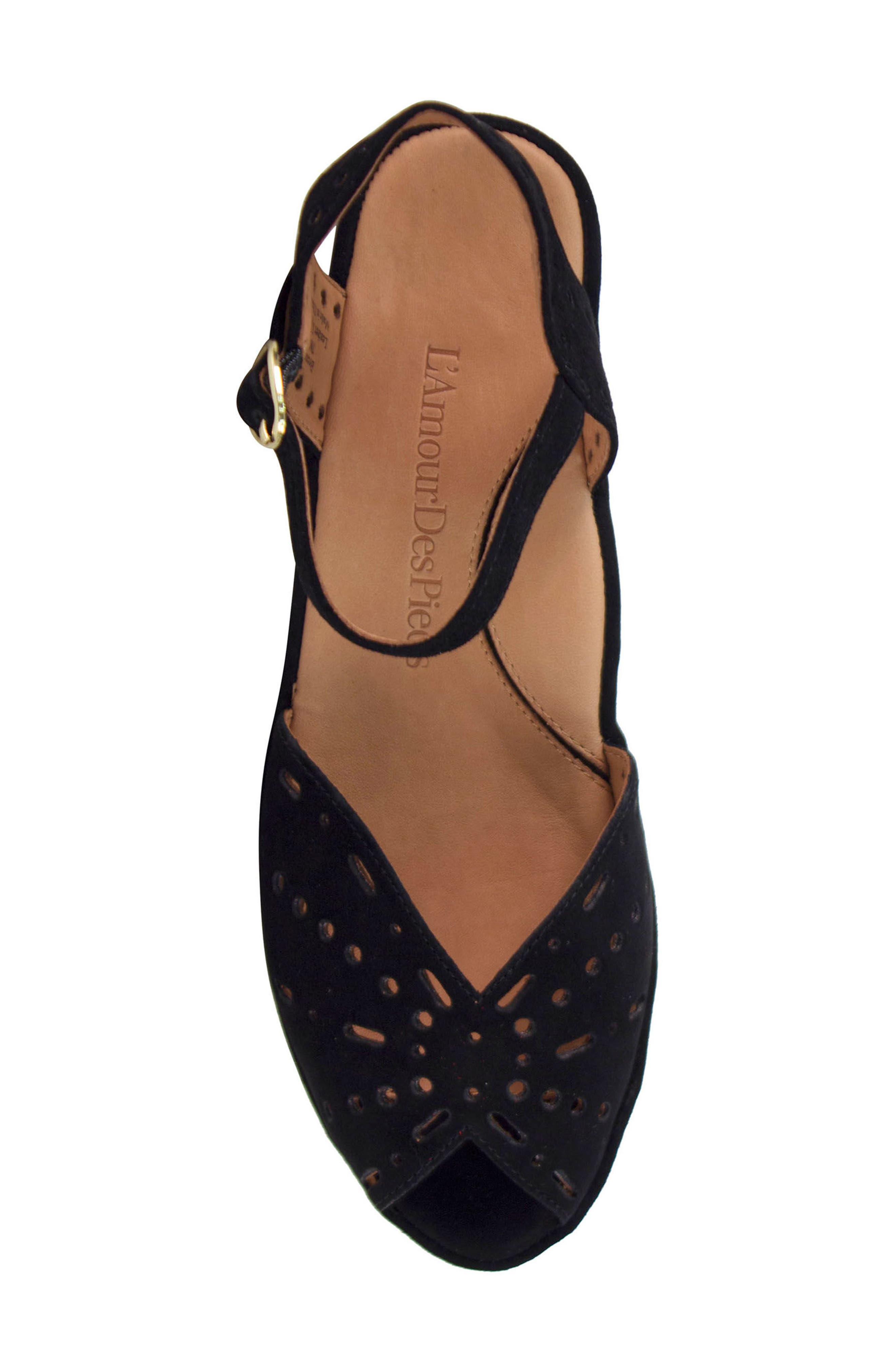 L'AMOUR DES PIEDS, 'Brenn' Ankle Strap Sandal, Alternate thumbnail 5, color, BLACK SUEDE