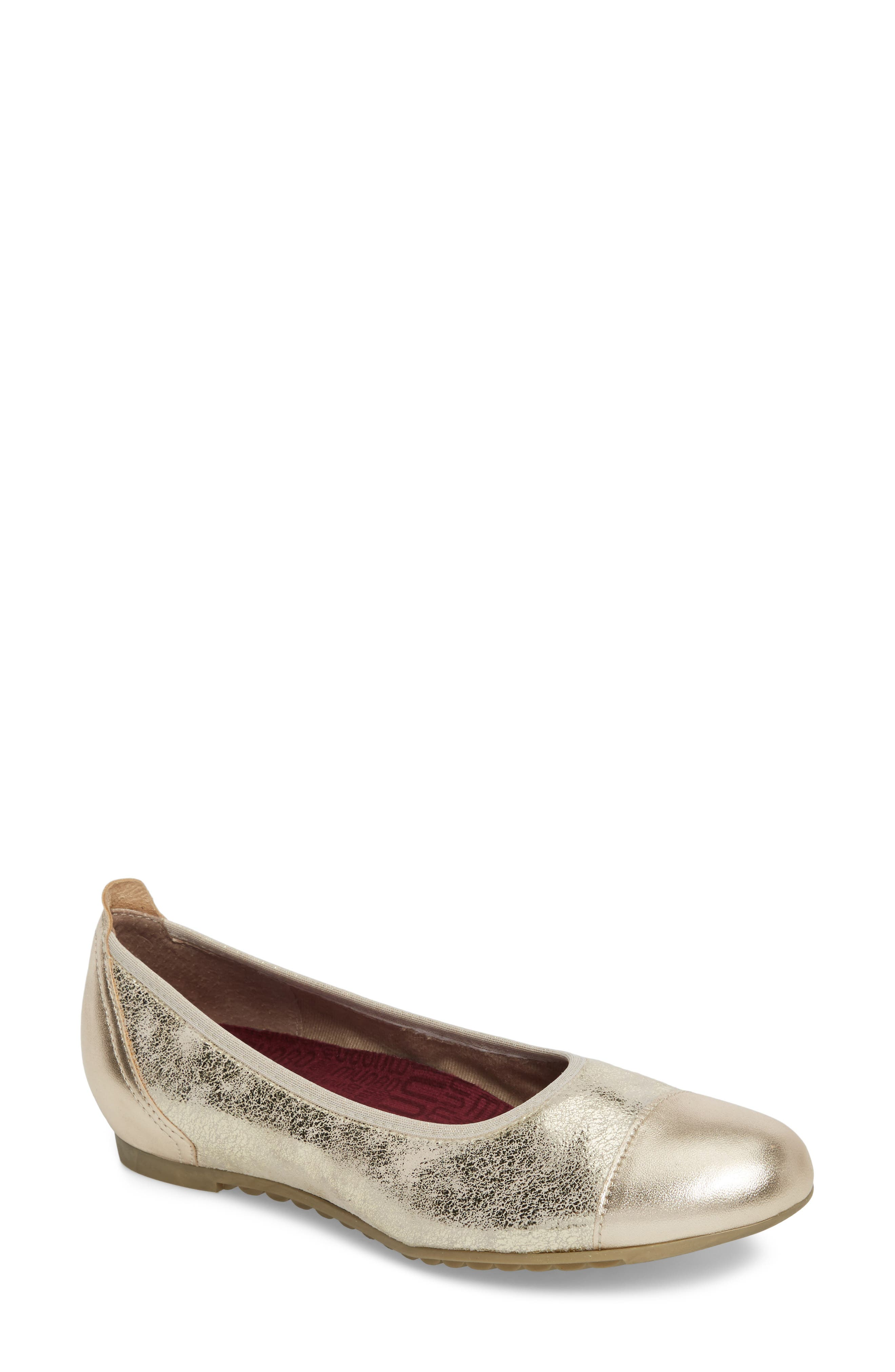 MUNRO, Henlee Cap Toe Flat, Main thumbnail 1, color, PLATINUM SHIMMER LEATHER