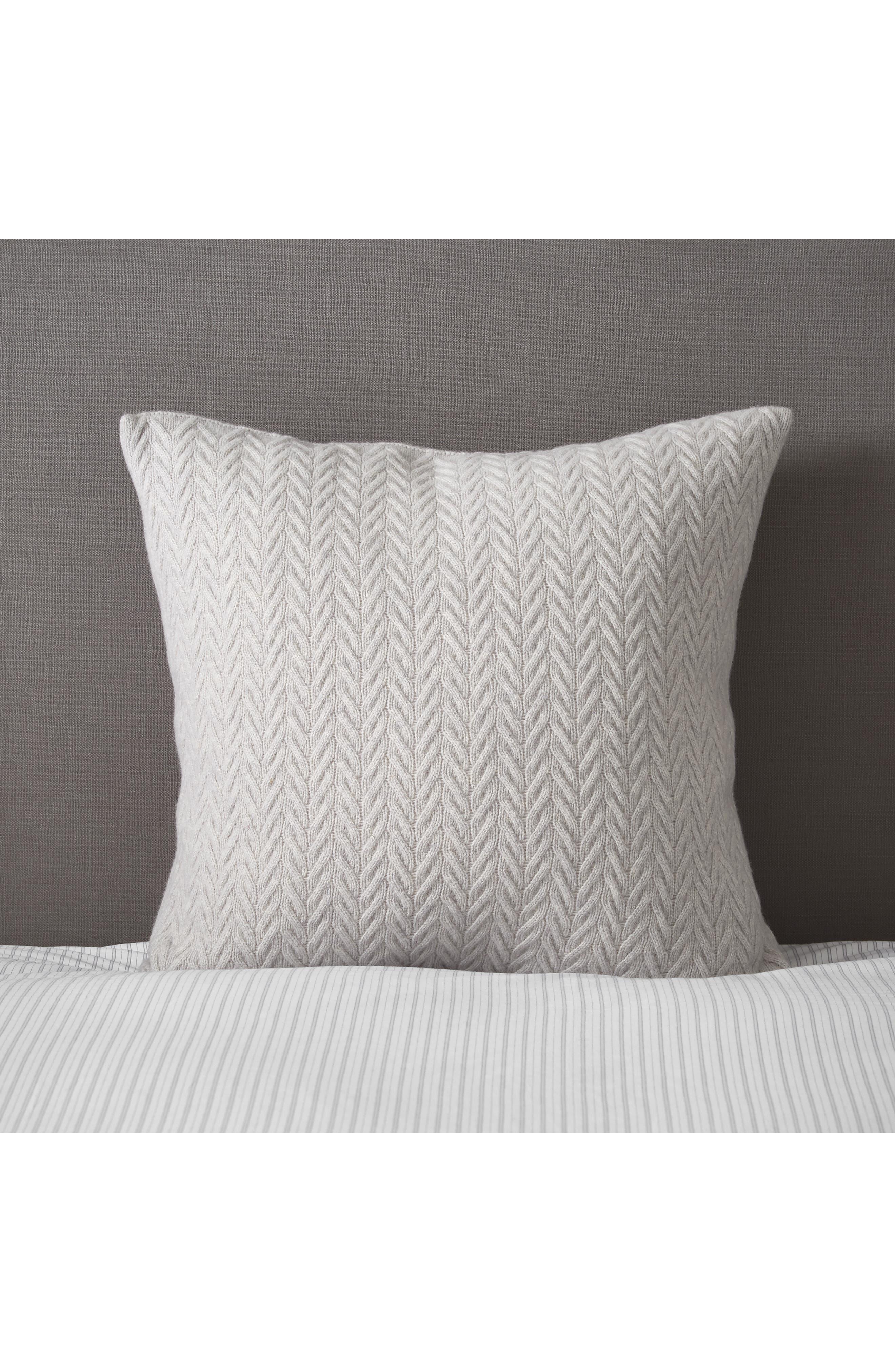 THE WHITE COMPANY, Fairfax Cushion Cover, Main thumbnail 1, color, 020