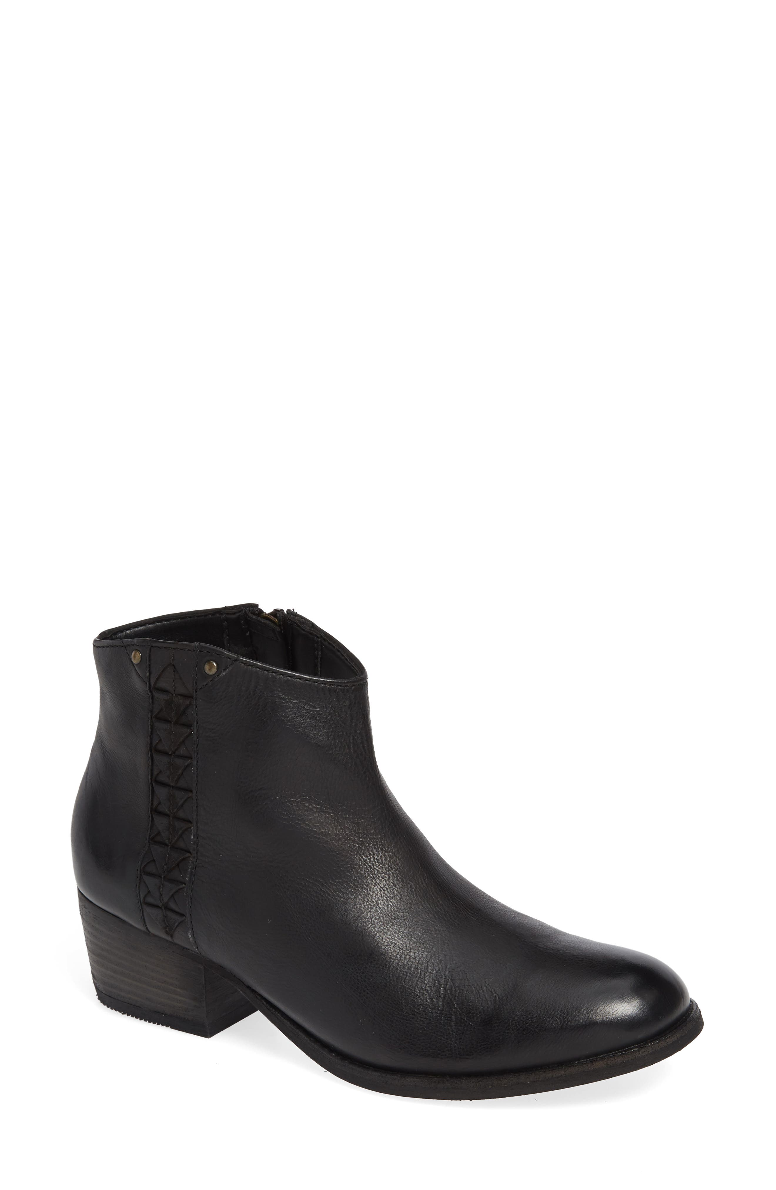 CLARKS<SUP>®</SUP>, Maypearl Fawn Bootie, Main thumbnail 1, color, BLACK LEATHER