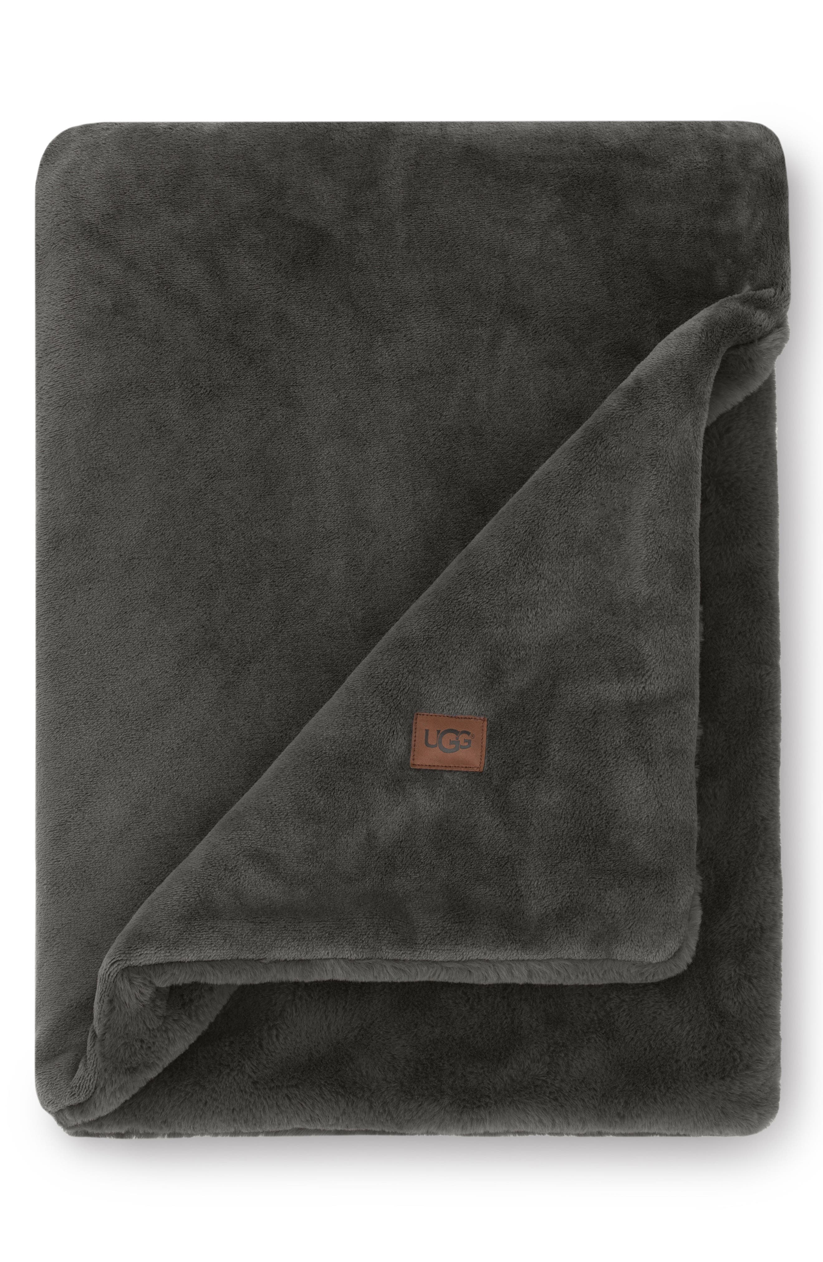 UGG<SUP>®</SUP>, Coastline Plush Throw, Main thumbnail 1, color, CHARCOAL