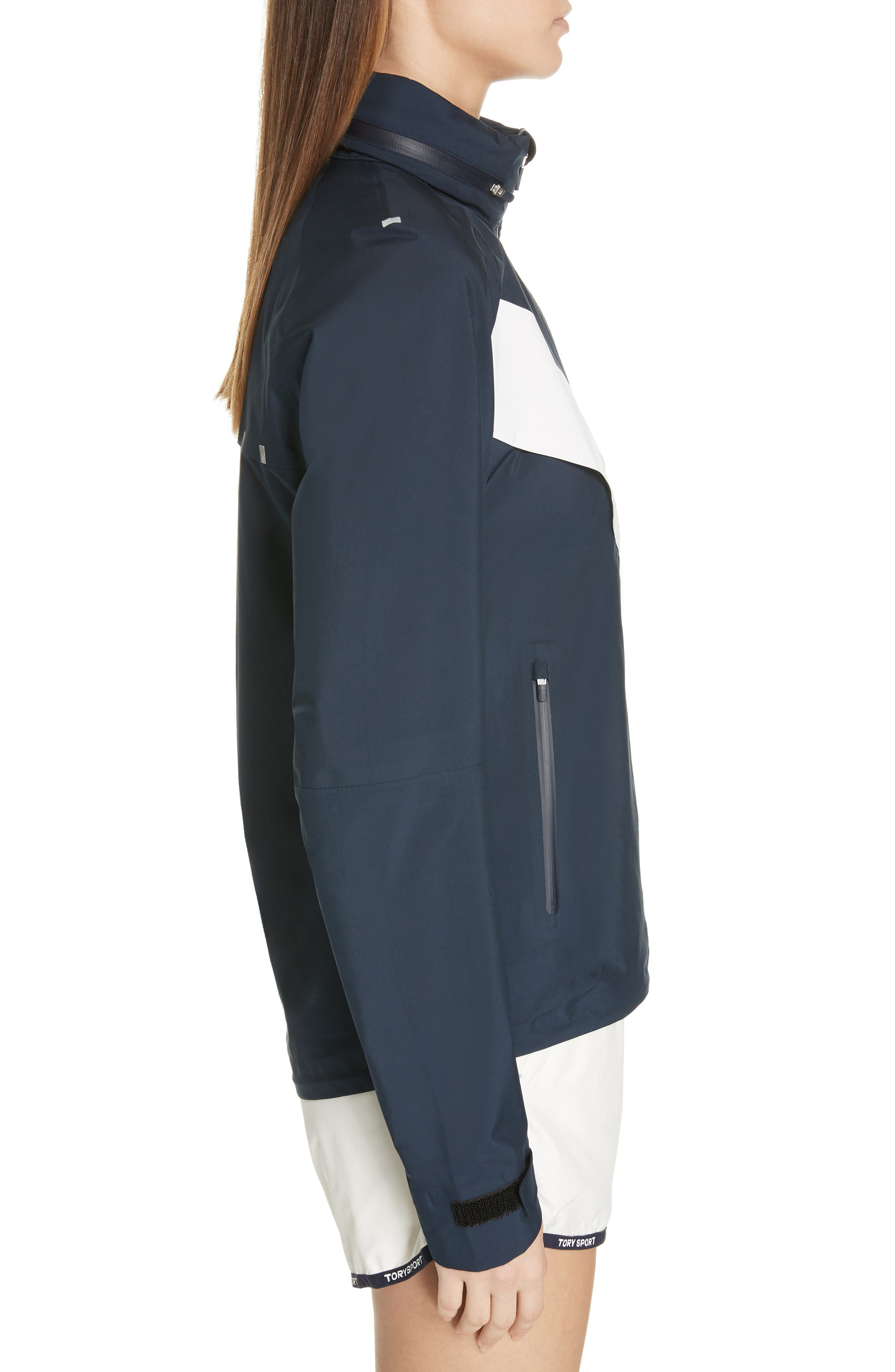 TORY SPORT, All Weather Run Jacket, Alternate thumbnail 4, color, TORY NAVY/ WHITE SNOW