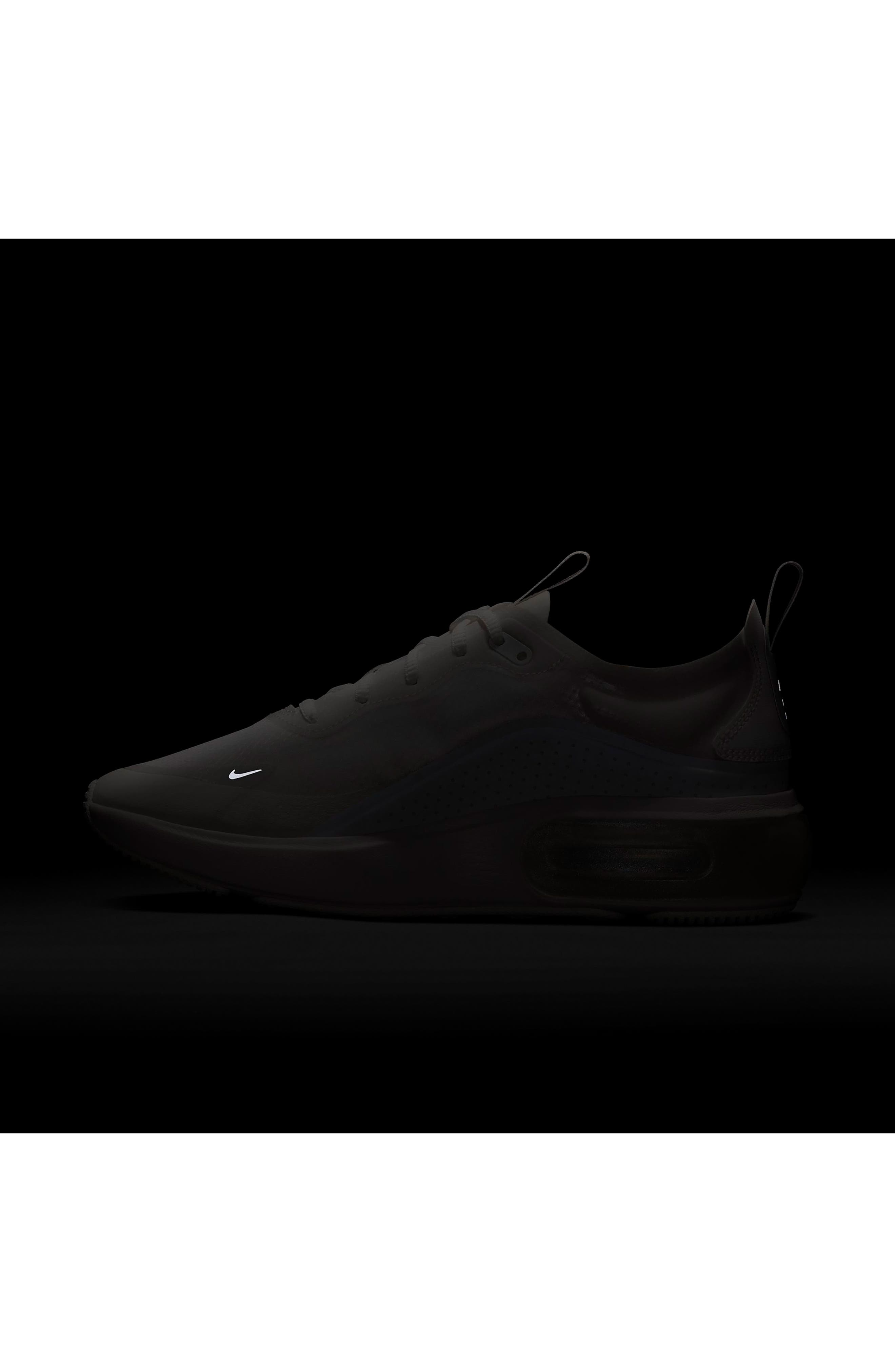 NIKE, Air Max DIA SE Running Shoe, Alternate thumbnail 8, color, WHITE/ ALUMINUM/ WHITE