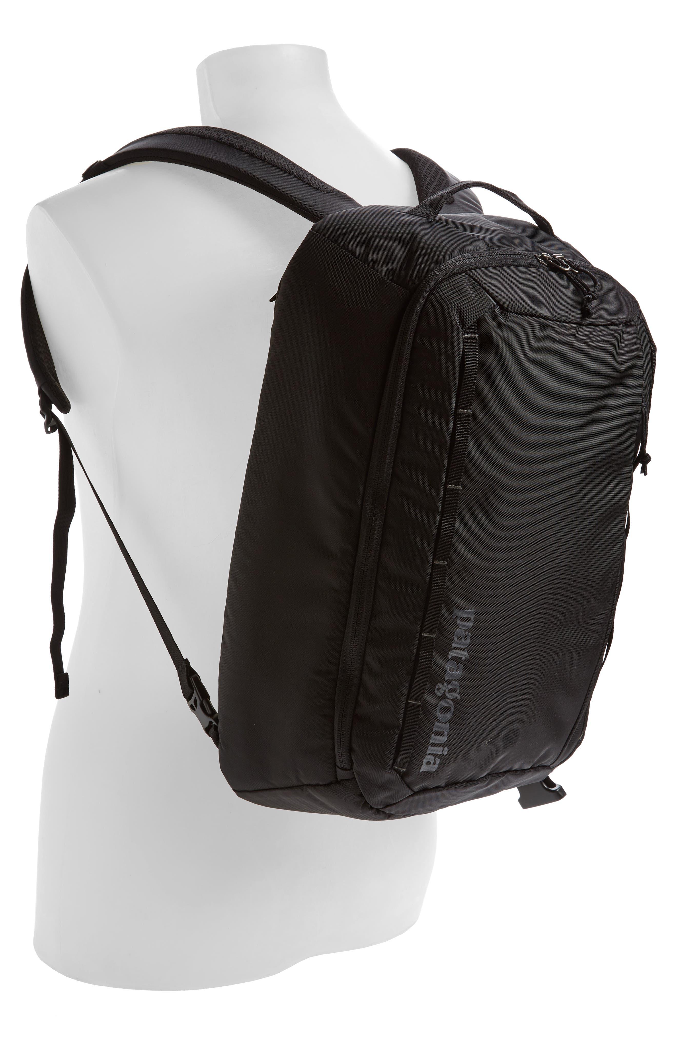 PATAGONIA, Tres 25-Liter Convertible Backpack, Alternate thumbnail 2, color, BLACK