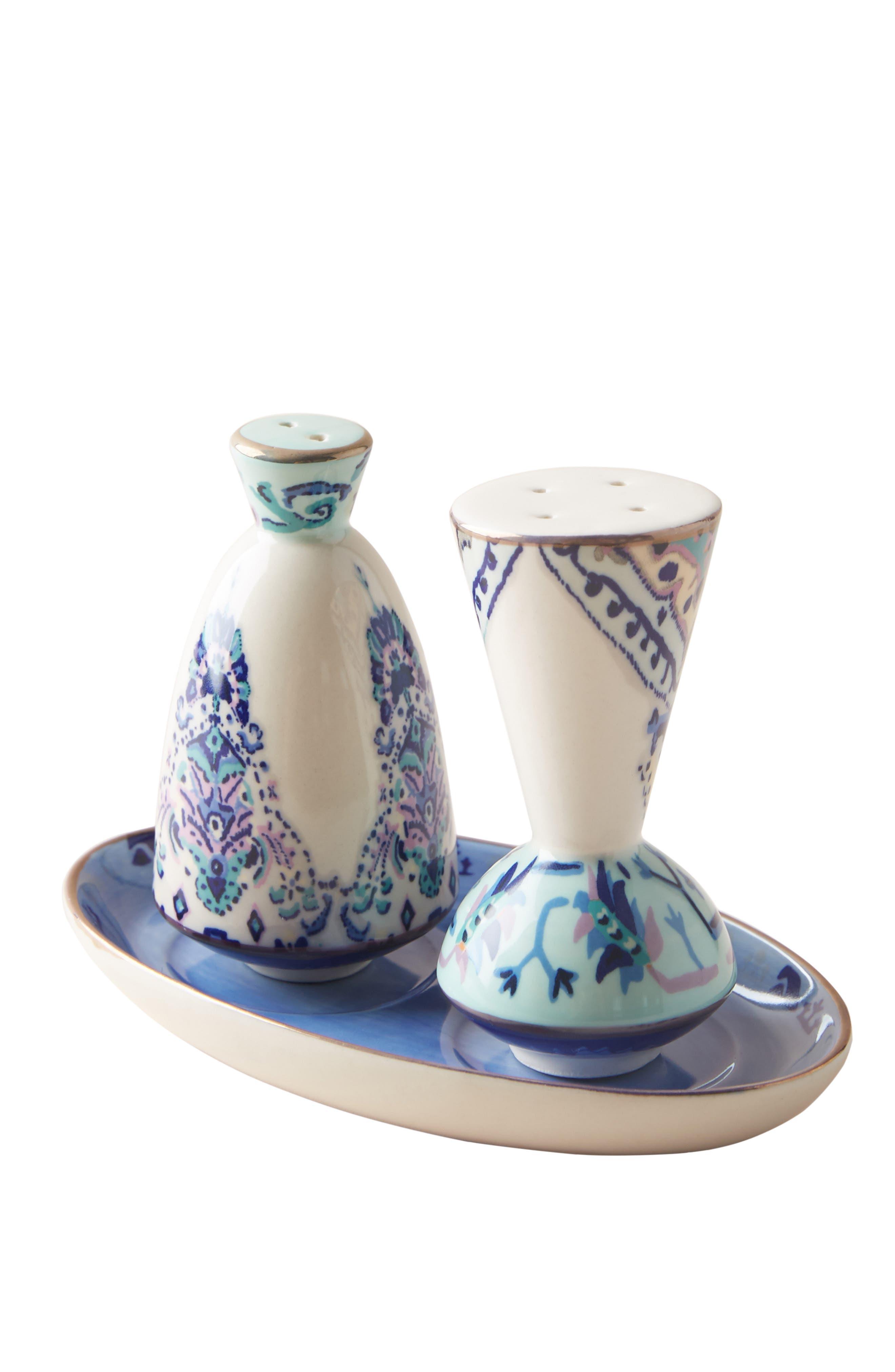 ANTHROPOLOGIE, Lilia Salt & Pepper Shakers, Alternate thumbnail 3, color, BLUE