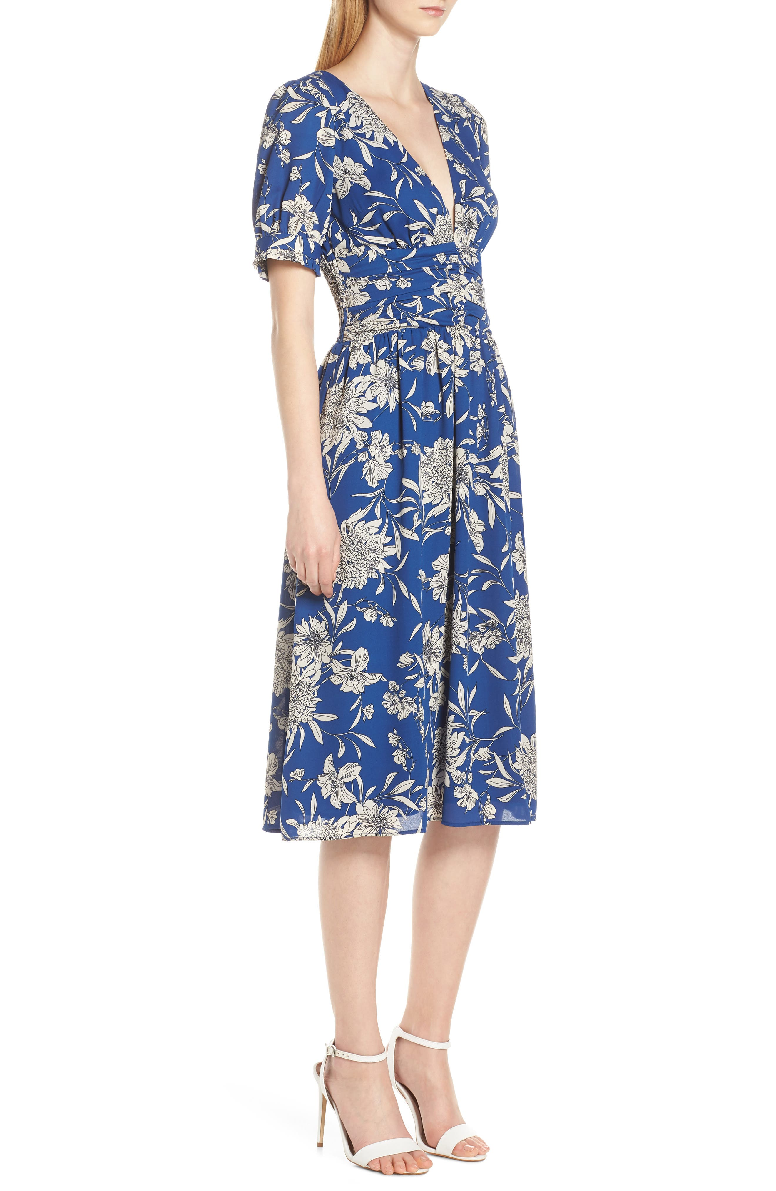 19 COOPER, Shirred Waist Midi Dress, Alternate thumbnail 4, color, BLUE/ WHITE